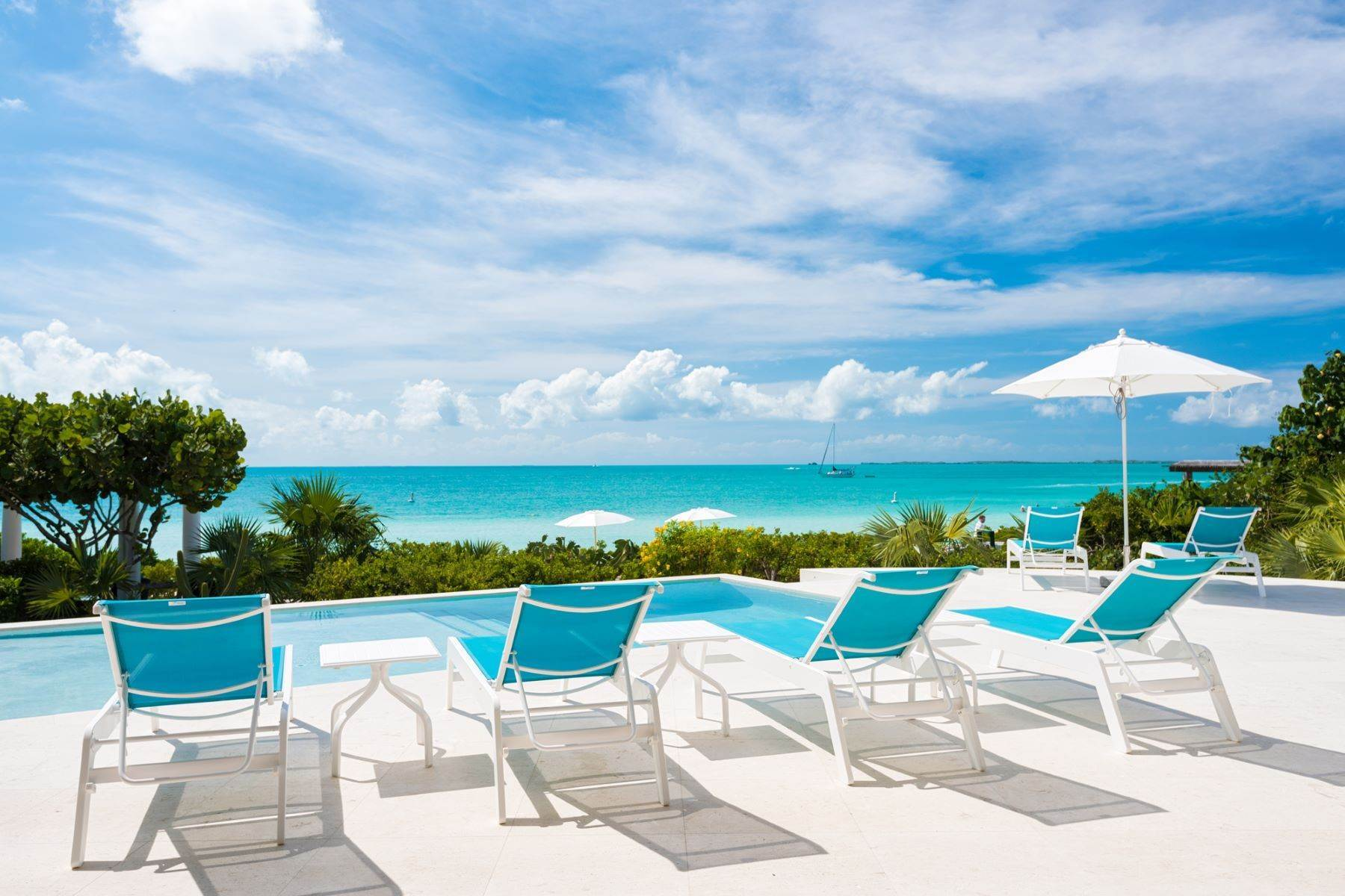 17. Single Family Homes for Sale at Sapodilla Bay, Providenciales Turks And Caicos Islands