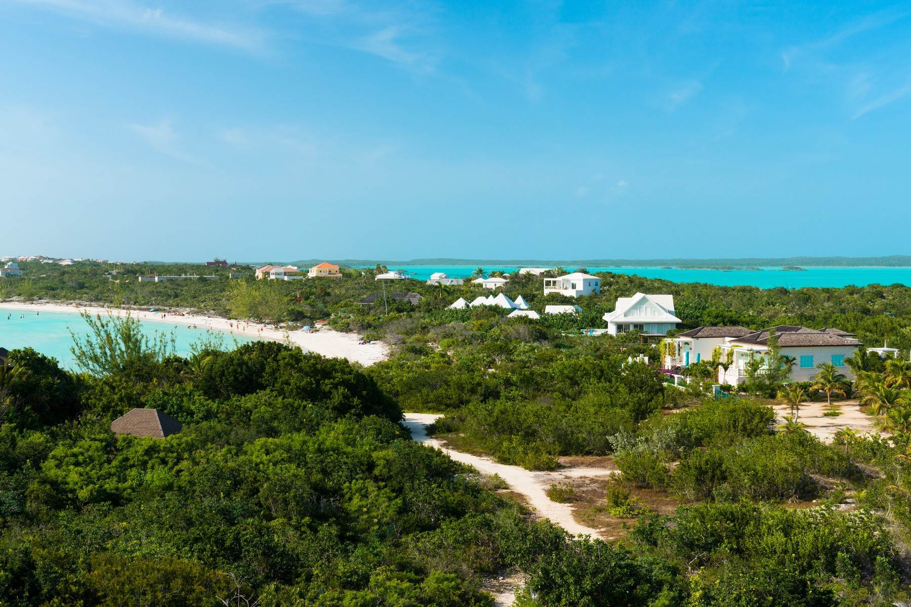 21. Single Family Homes for Sale at SOL Y LUNA Sapodilla Bay, Providenciales Turks And Caicos Islands