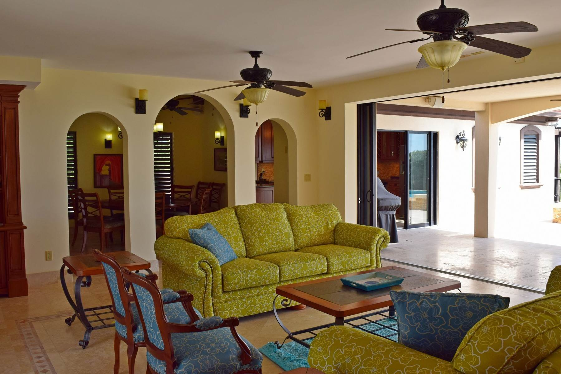 11. Single Family Homes for Sale at Coral View Villa Richmond Hill, Providenciales Turks And Caicos Islands