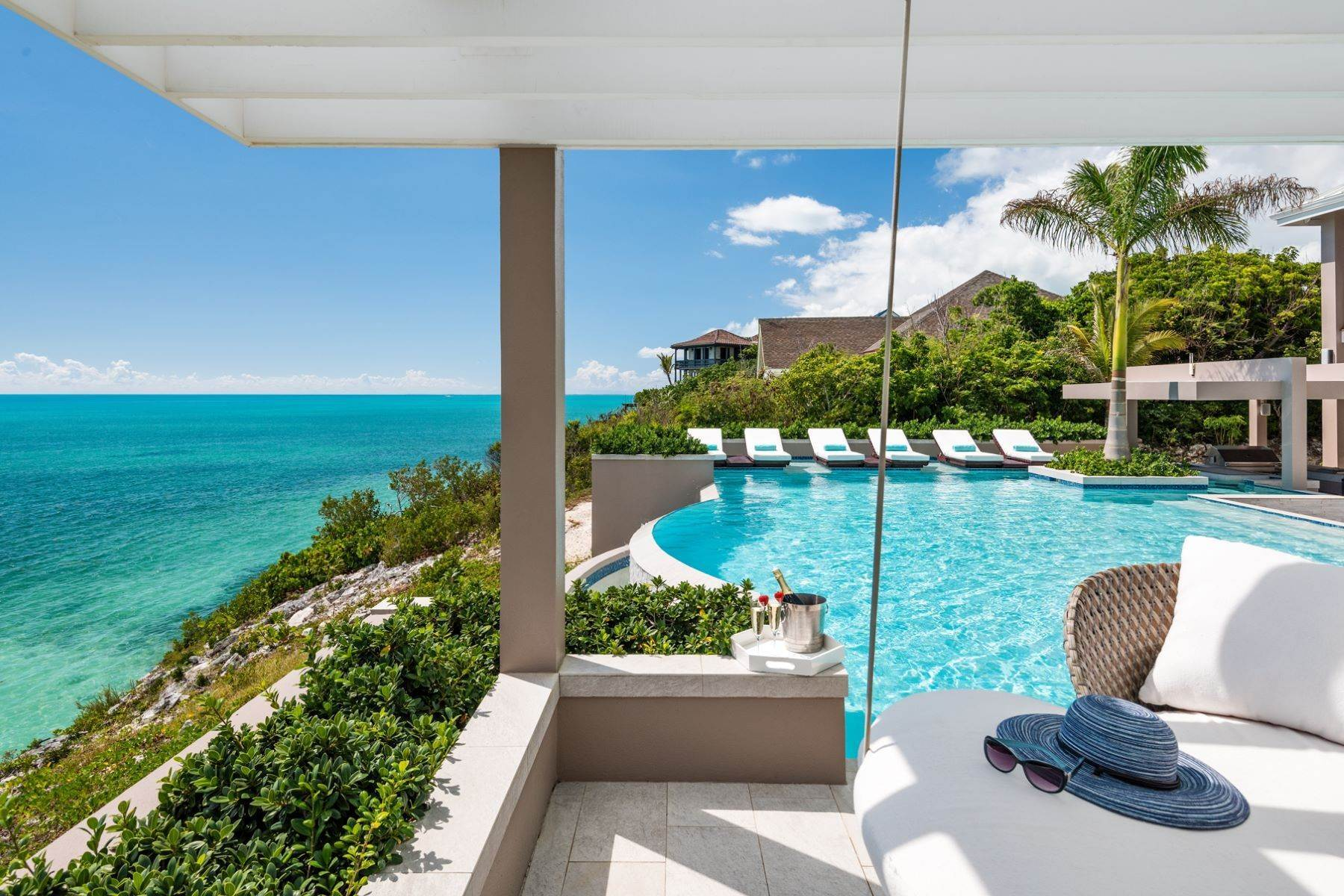 23. Single Family Homes for Sale at Villa Lucas Sapodilla Bay, Providenciales Turks And Caicos Islands