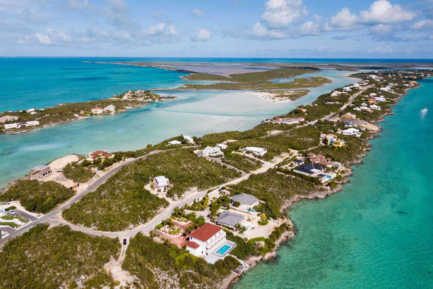 Terreno por un Venta en ELEVATED OCEAN VIEWS OVER SILLY CREEK Chalk Sound, Providenciales Islas Turcas y Caicos