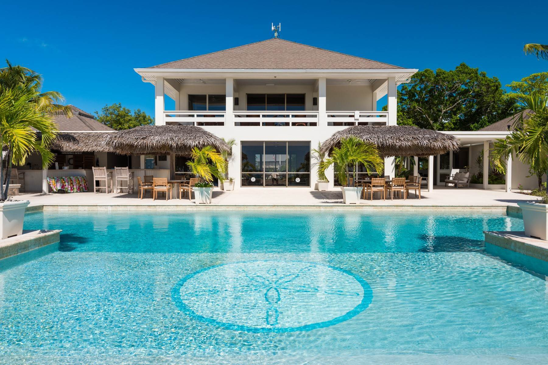 31. Single Family Homes for Sale at Casuarinas Cottage Pine Cay Pine Cay, Pine Cay TCI BWI Turks And Caicos Islands