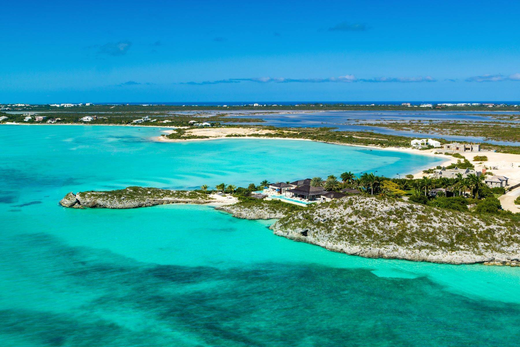 22. Single Family Homes for Sale at Turtle Tail Estate Beachfront Turtle Tail, Providenciales TCI Turks And Caicos Islands