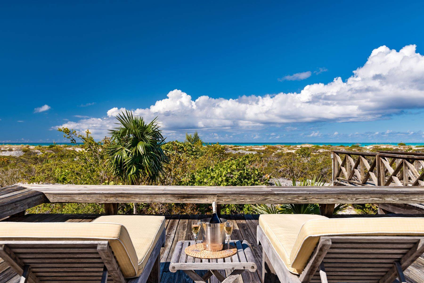 11. Single Family Homes for Sale at Casuarinas Cottage Pine Cay Pine Cay, Pine Cay TCI BWI Turks And Caicos Islands