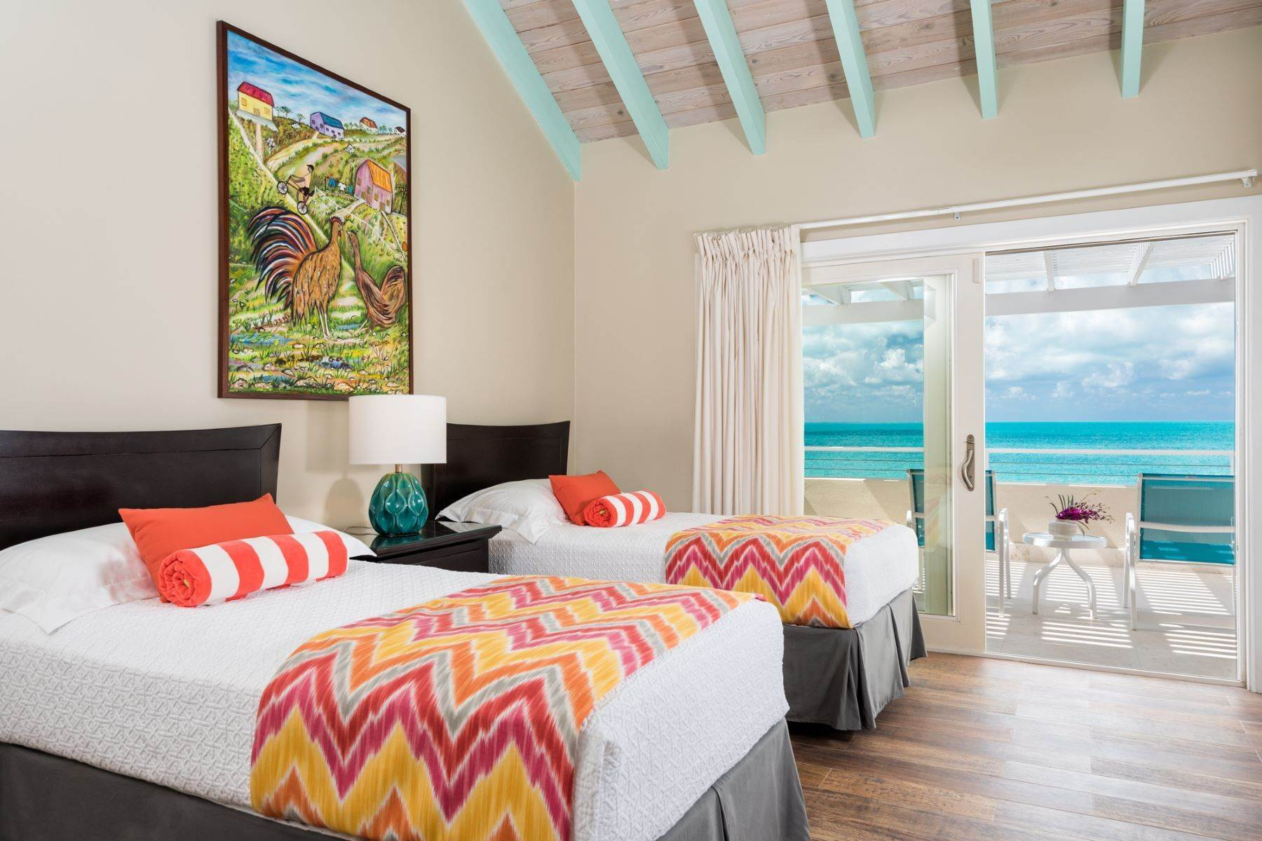 15. Single Family Homes for Sale at Sapodilla Bay, Providenciales Turks And Caicos Islands