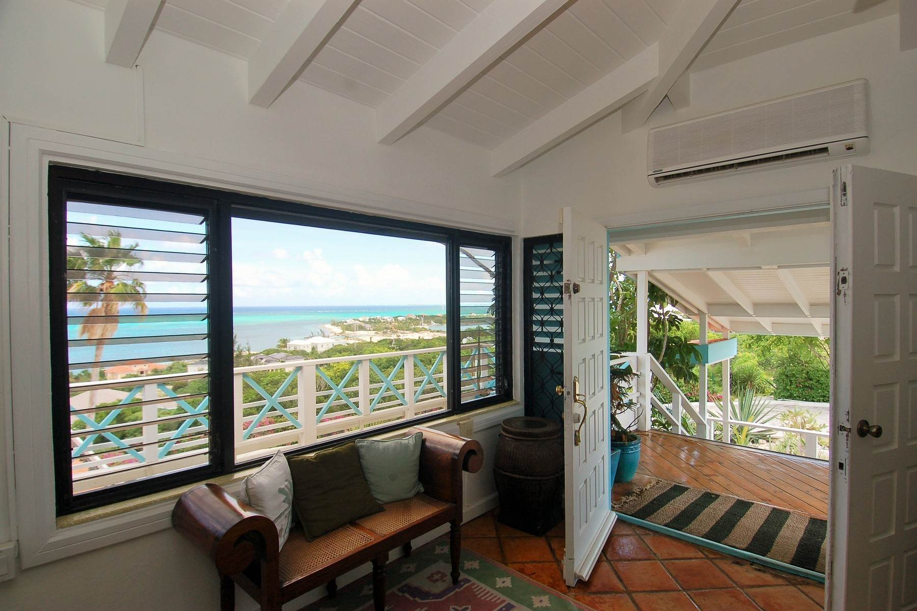 16. Single Family Homes for Sale at Blue Mountain, Providenciales Turks And Caicos Islands