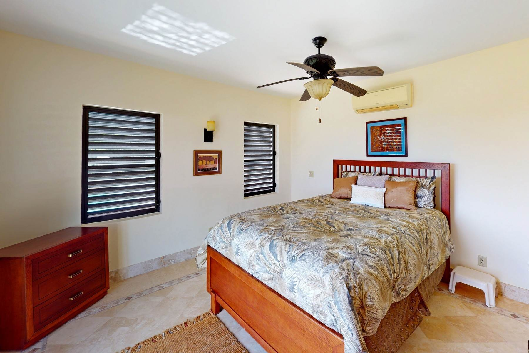 22. Single Family Homes for Sale at Coral View Villa Richmond Hill, Providenciales Turks And Caicos Islands