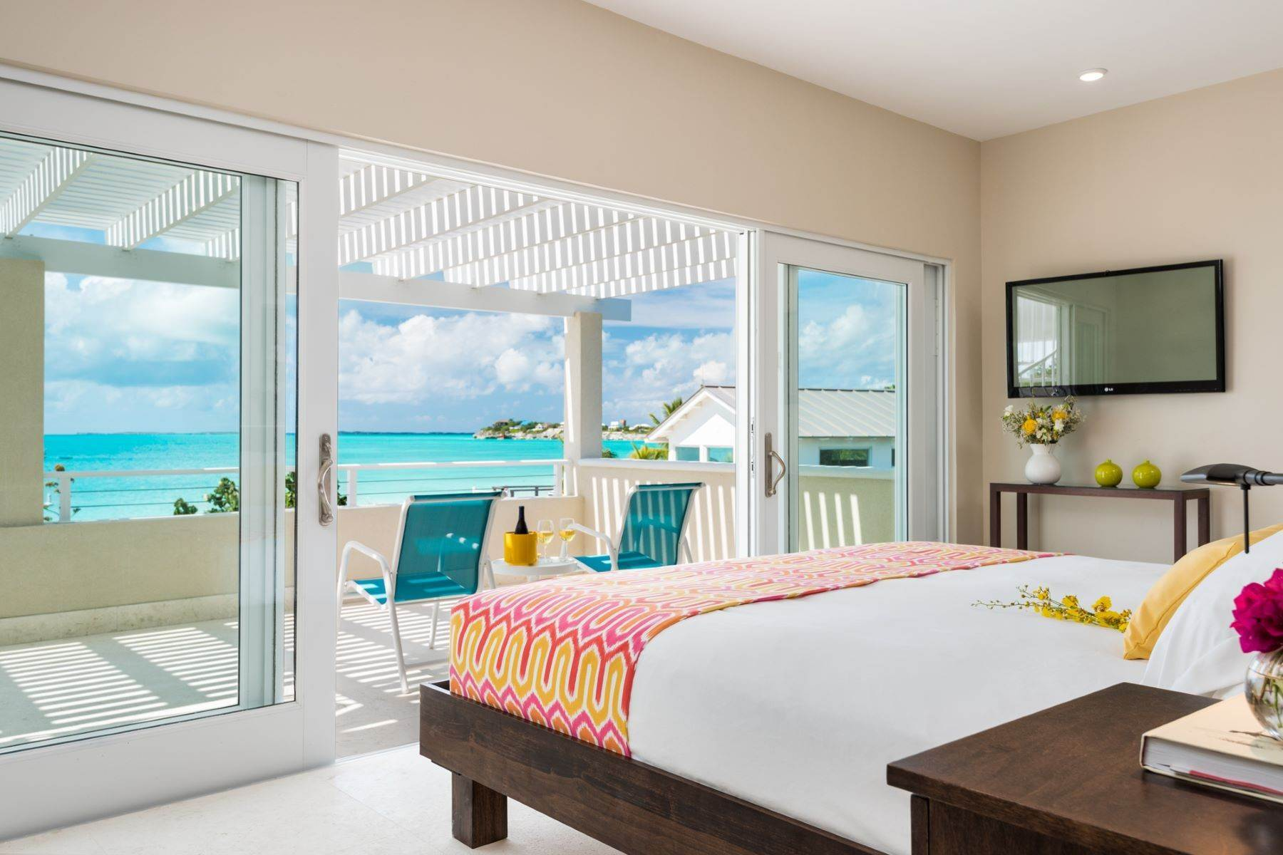 11. Single Family Homes for Sale at Sapodilla Bay, Providenciales Turks And Caicos Islands