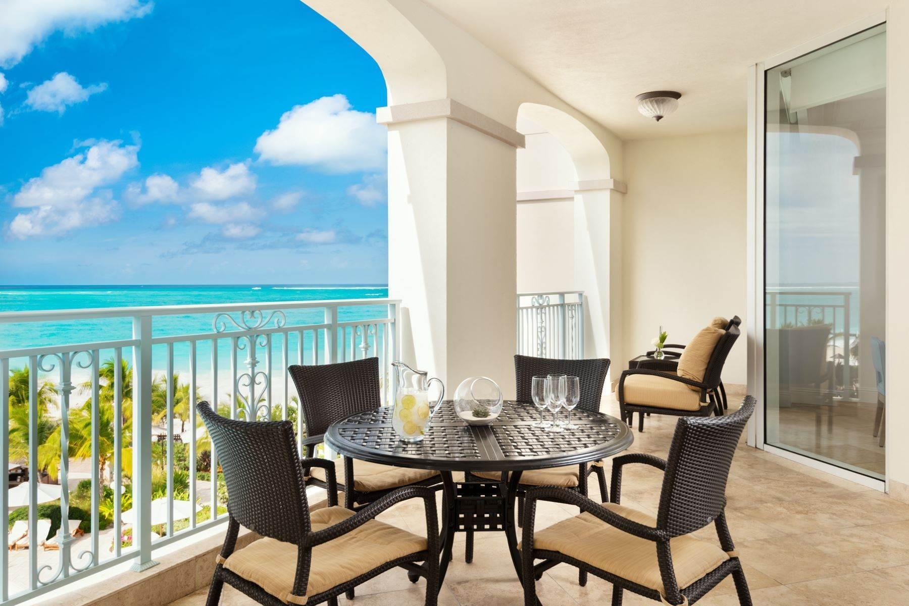 4. Condominiums for Sale at Seven Stars - Suite 1401.02 Seven Stars Resort, Grace Bay, Providenciales Turks And Caicos Islands