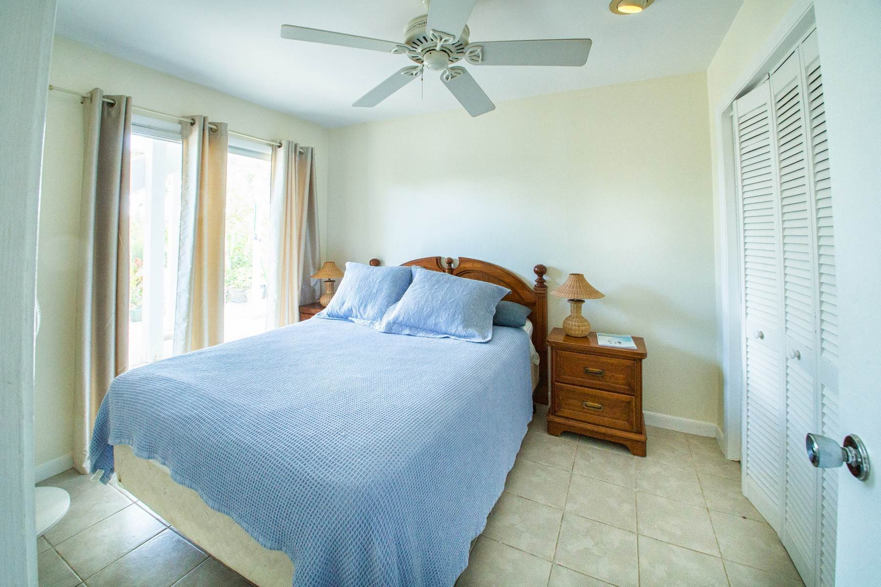23. Single Family Homes for Sale at House on Crawfish Drive Discovery Bay, Providenciales Turks And Caicos Islands