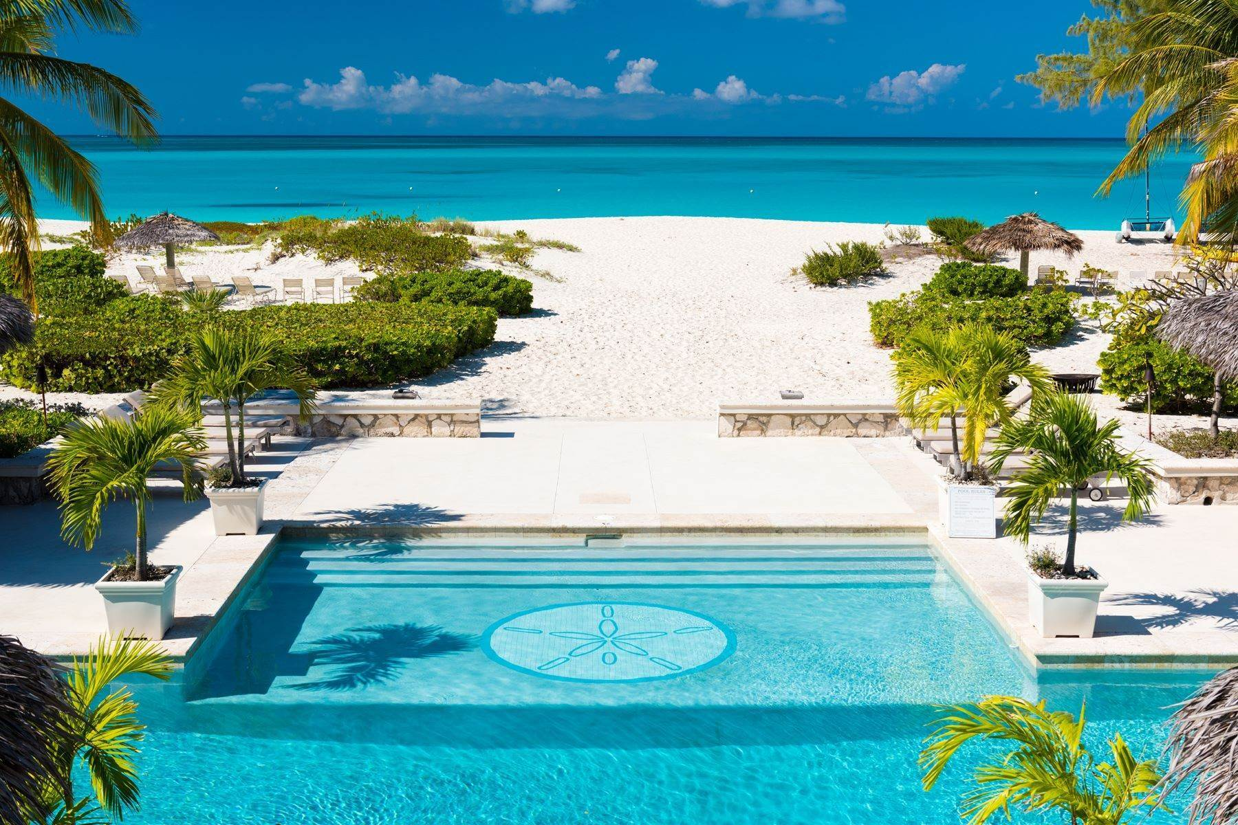 25. Single Family Homes for Sale at LEMONGRASS Pine Cay, Pine Cay Turks And Caicos Islands