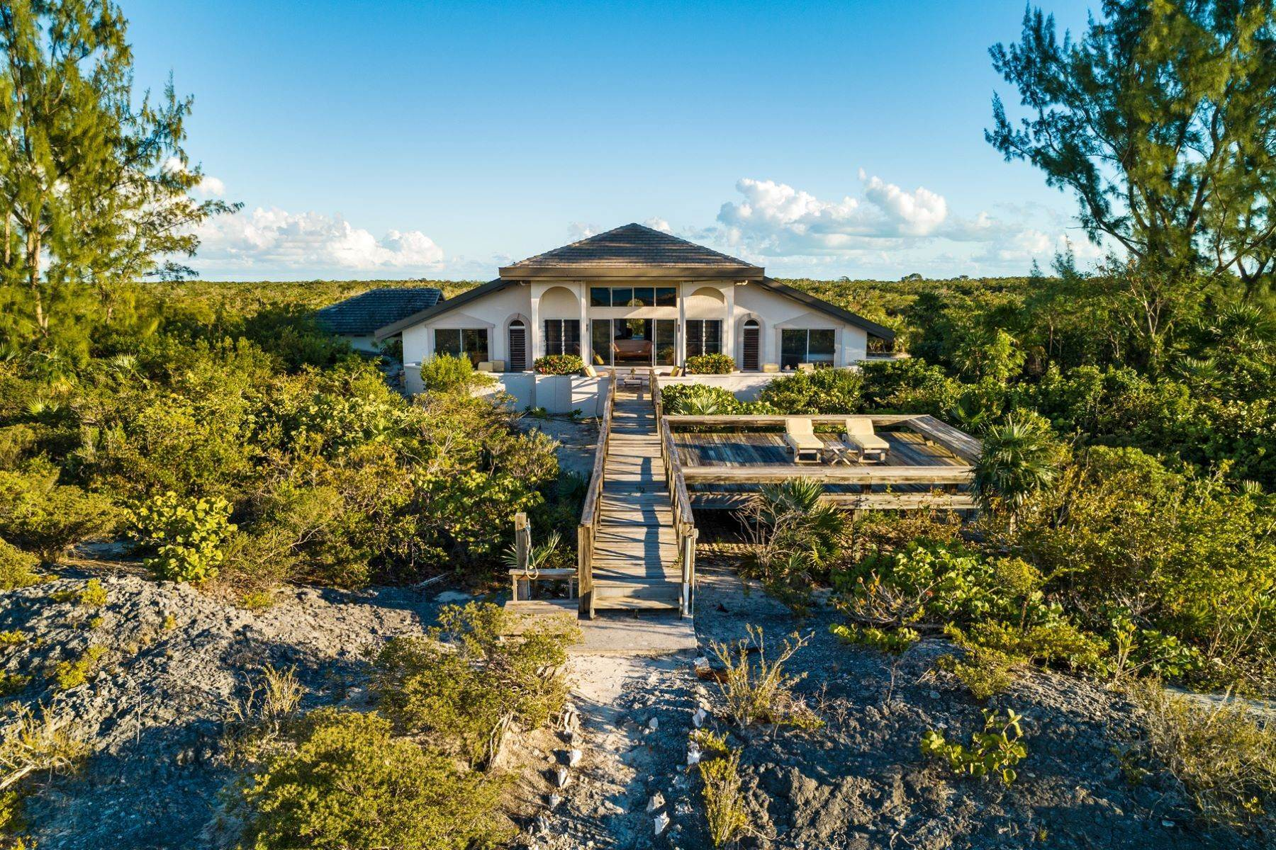 10. Single Family Homes for Sale at Casuarinas Cottage Pine Cay Pine Cay, Pine Cay TCI BWI Turks And Caicos Islands