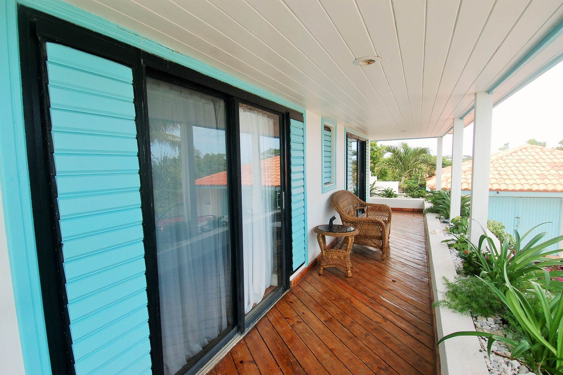 18. Single Family Homes for Sale at Blue Mountain, Providenciales Turks And Caicos Islands