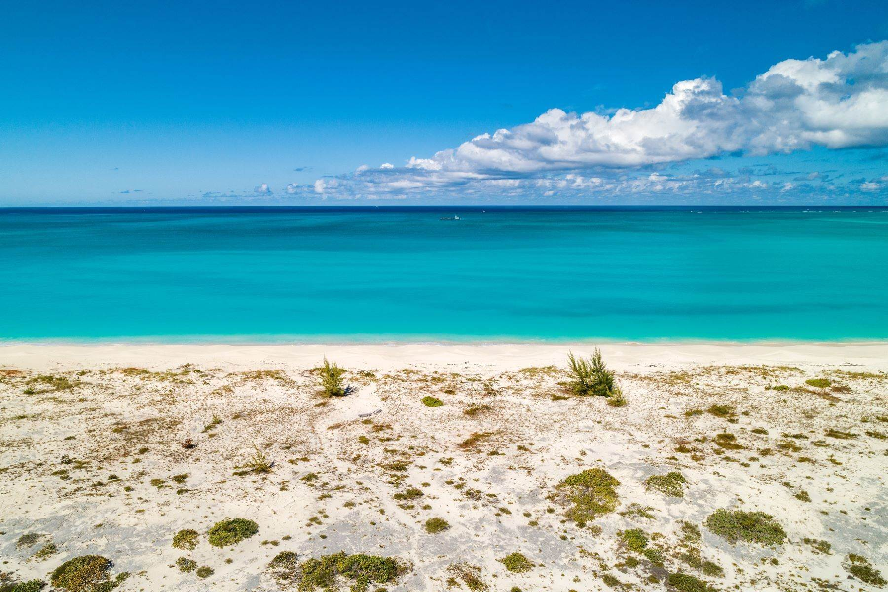 28. Single Family Homes for Sale at Casuarinas Cottage Pine Cay Pine Cay, Pine Cay TCI BWI Turks And Caicos Islands