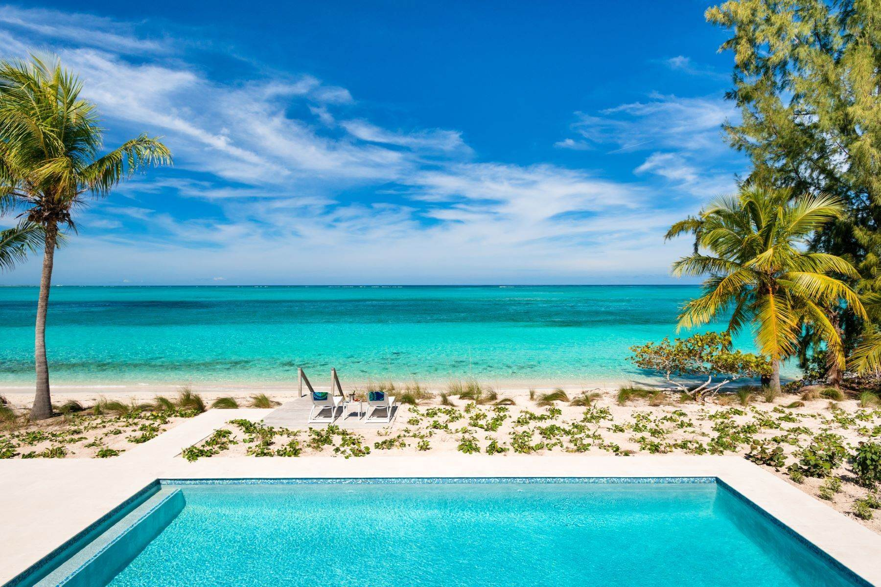 18. Single Family Homes for Sale at Grace Too Grace Bay, Providenciales Turks And Caicos Islands