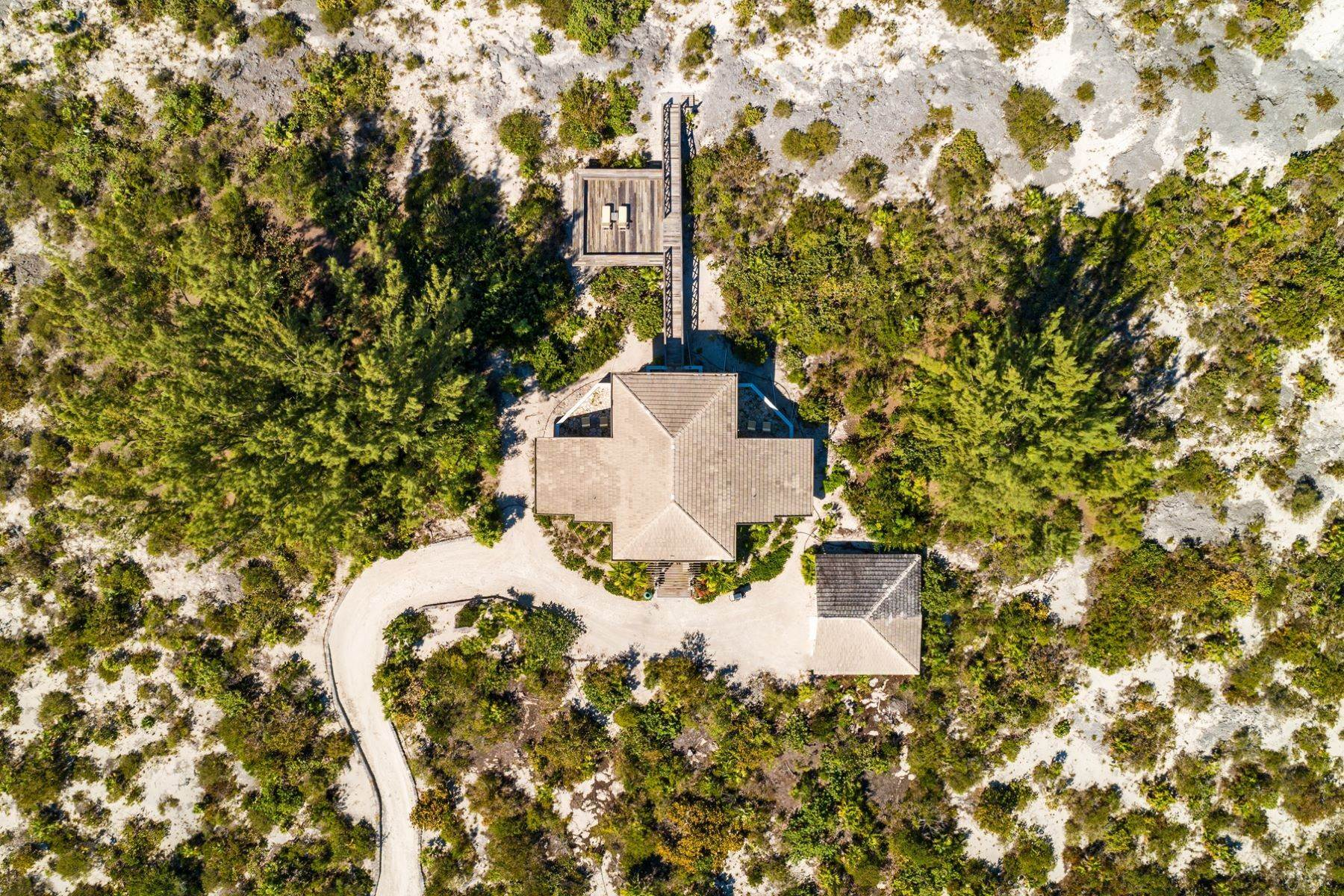 25. Single Family Homes for Sale at Casuarinas Cottage Pine Cay Pine Cay, Pine Cay TCI BWI Turks And Caicos Islands