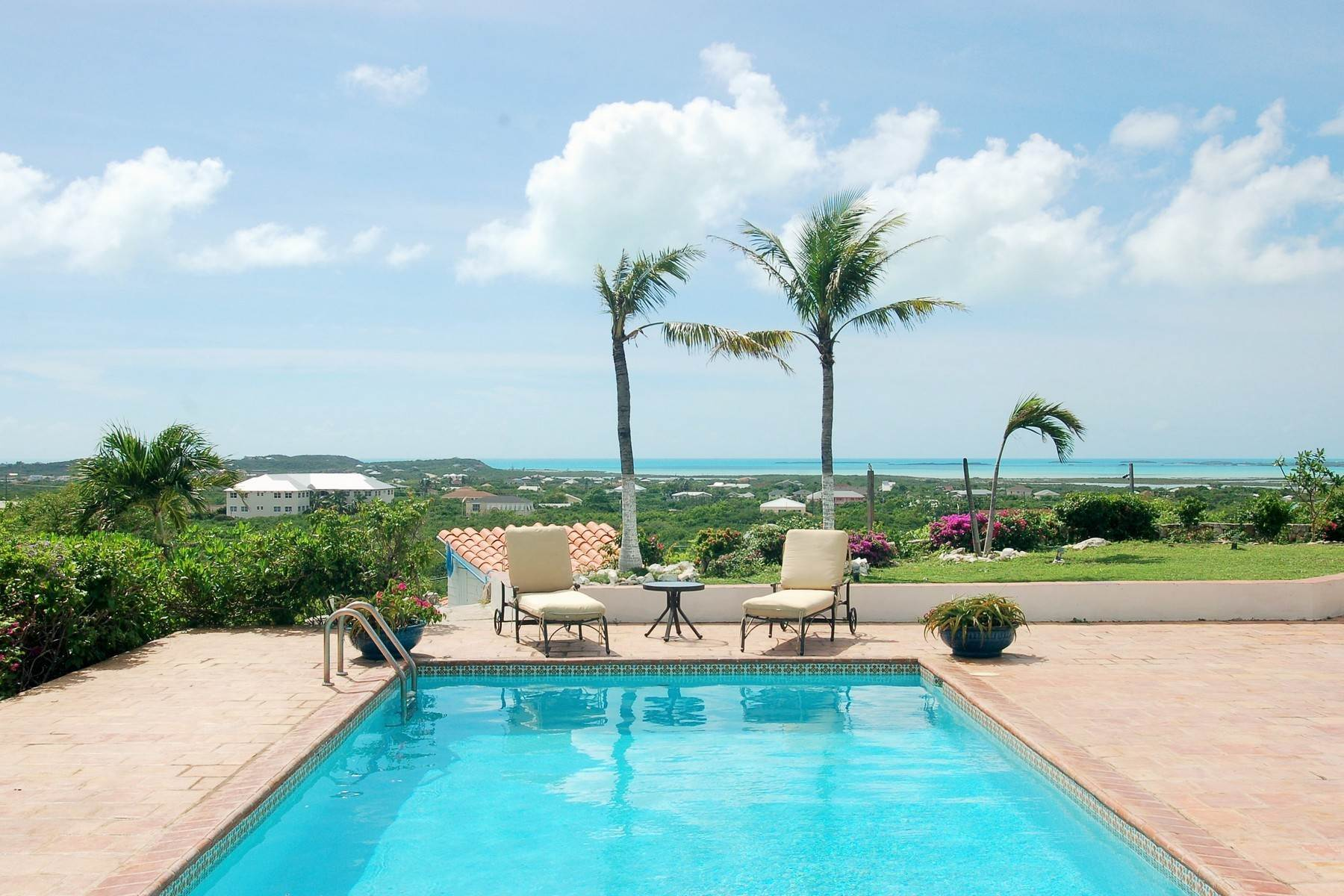 15. Single Family Homes for Sale at Blue Mountain, Providenciales Turks And Caicos Islands