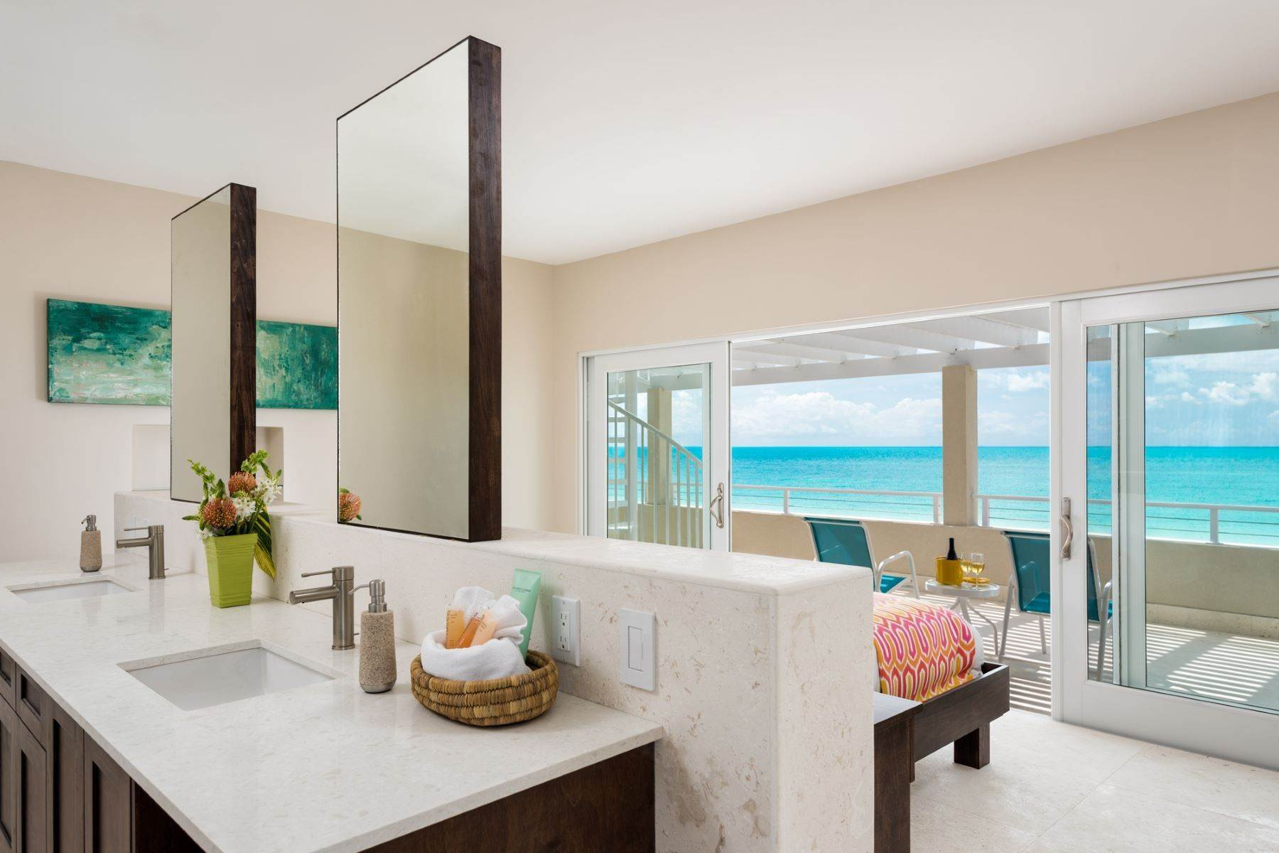 12. Single Family Homes for Sale at Sapodilla Bay, Providenciales Turks And Caicos Islands