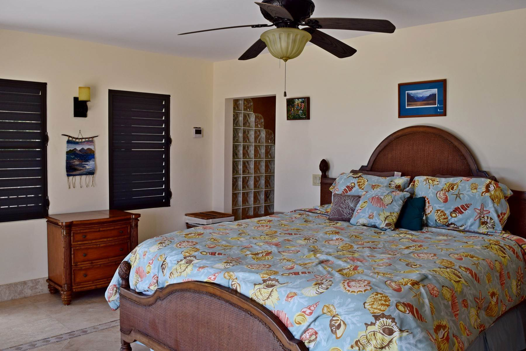 15. Single Family Homes for Sale at Coral View Villa Richmond Hill, Providenciales Turks And Caicos Islands