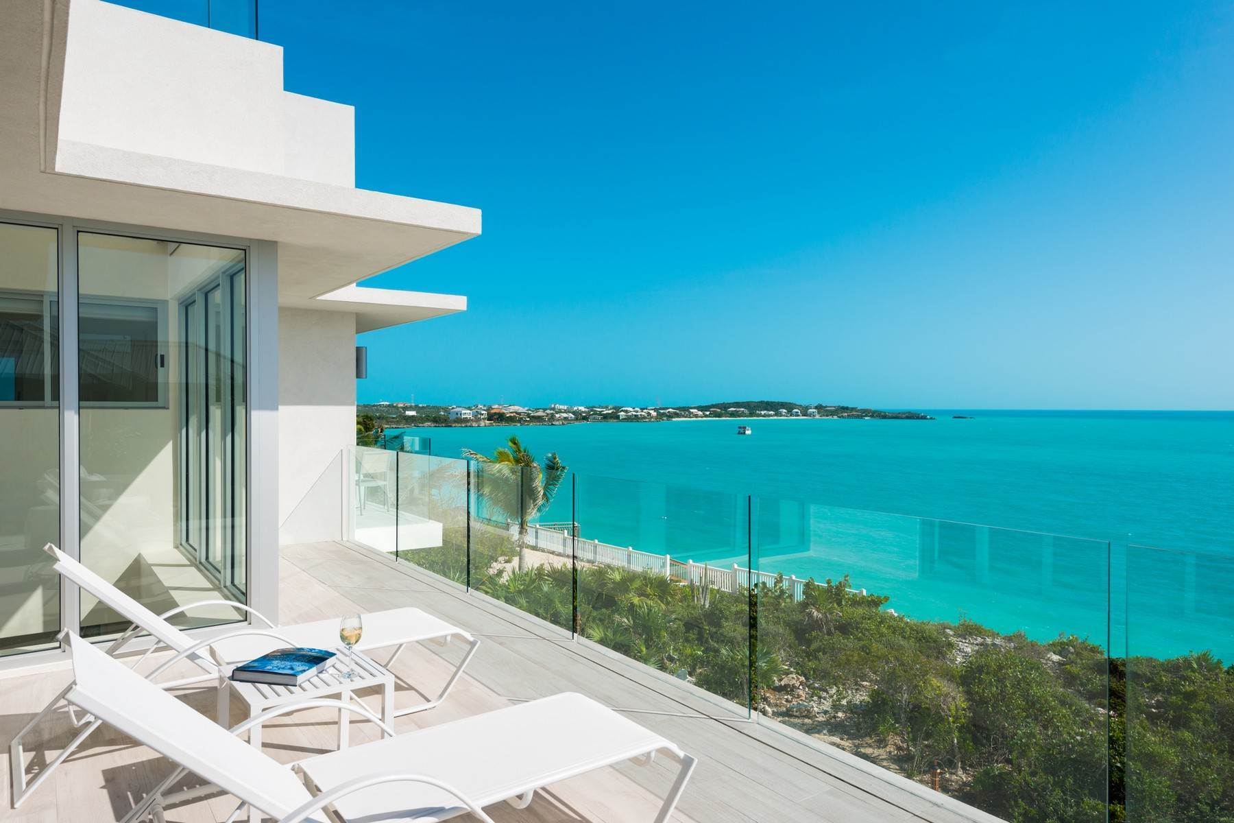 19. Single Family Homes for Sale at SOL Y LUNA Sapodilla Bay, Providenciales Turks And Caicos Islands