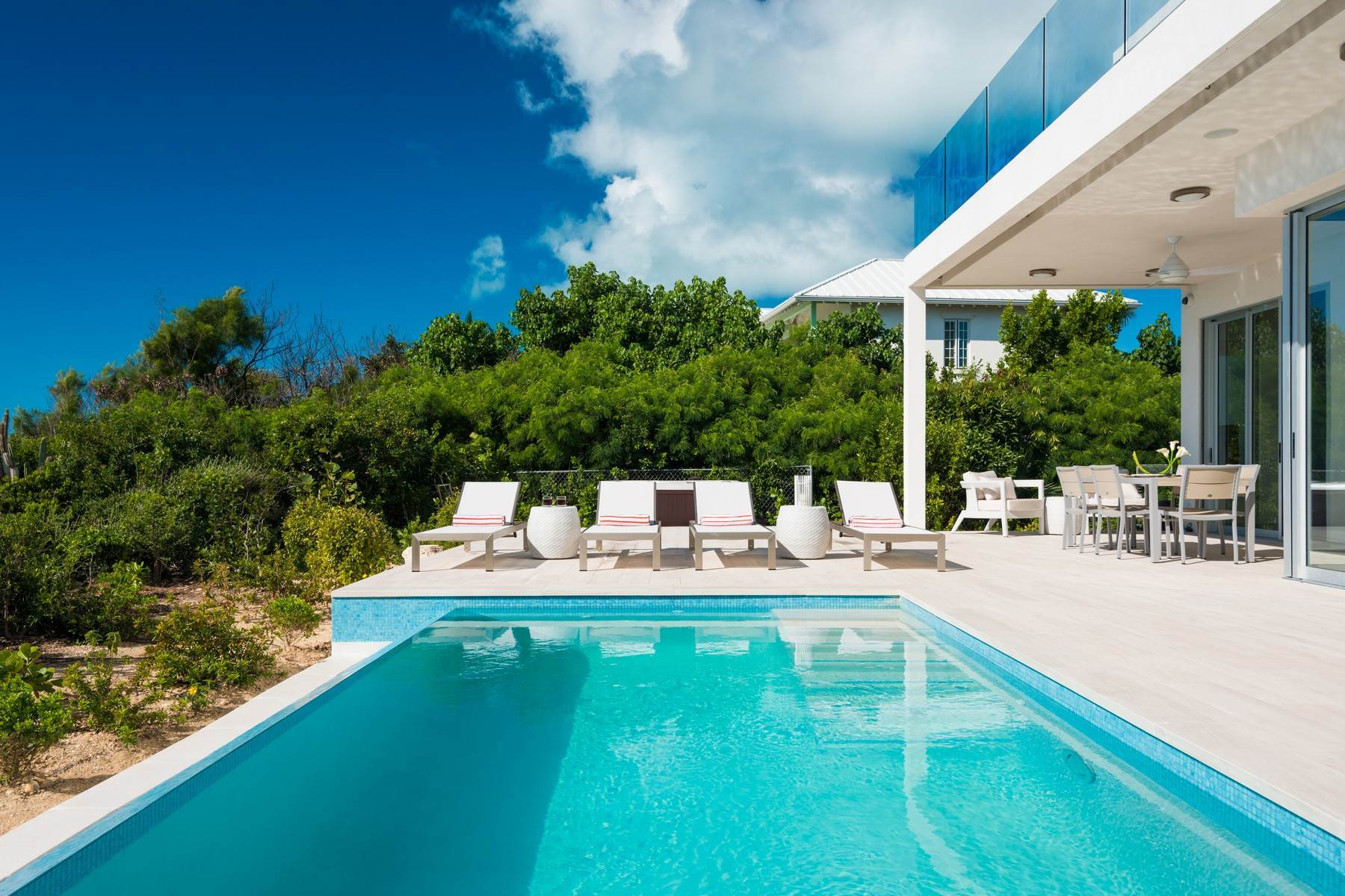 30. Single Family Homes for Sale at SOL Y LUNA Sapodilla Bay, Providenciales Turks And Caicos Islands