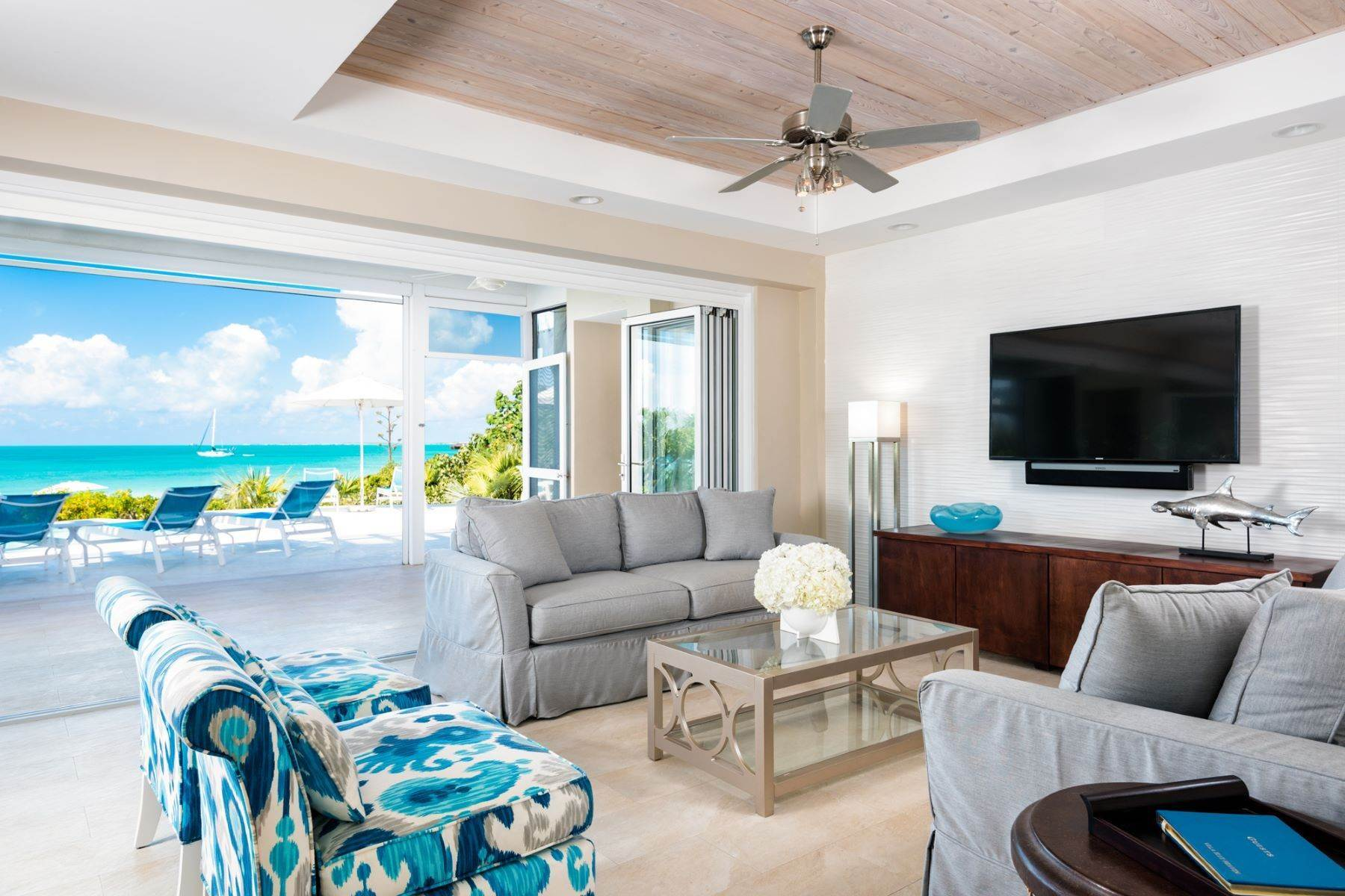 2. Single Family Homes for Sale at Sapodilla Bay, Providenciales Turks And Caicos Islands