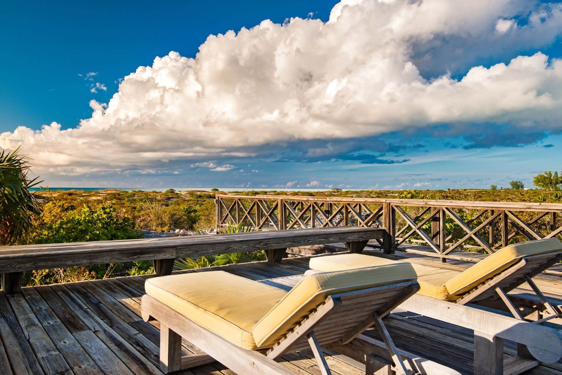18. Single Family Homes for Sale at Casuarinas Cottage Pine Cay Pine Cay, Pine Cay TCI BWI Turks And Caicos Islands