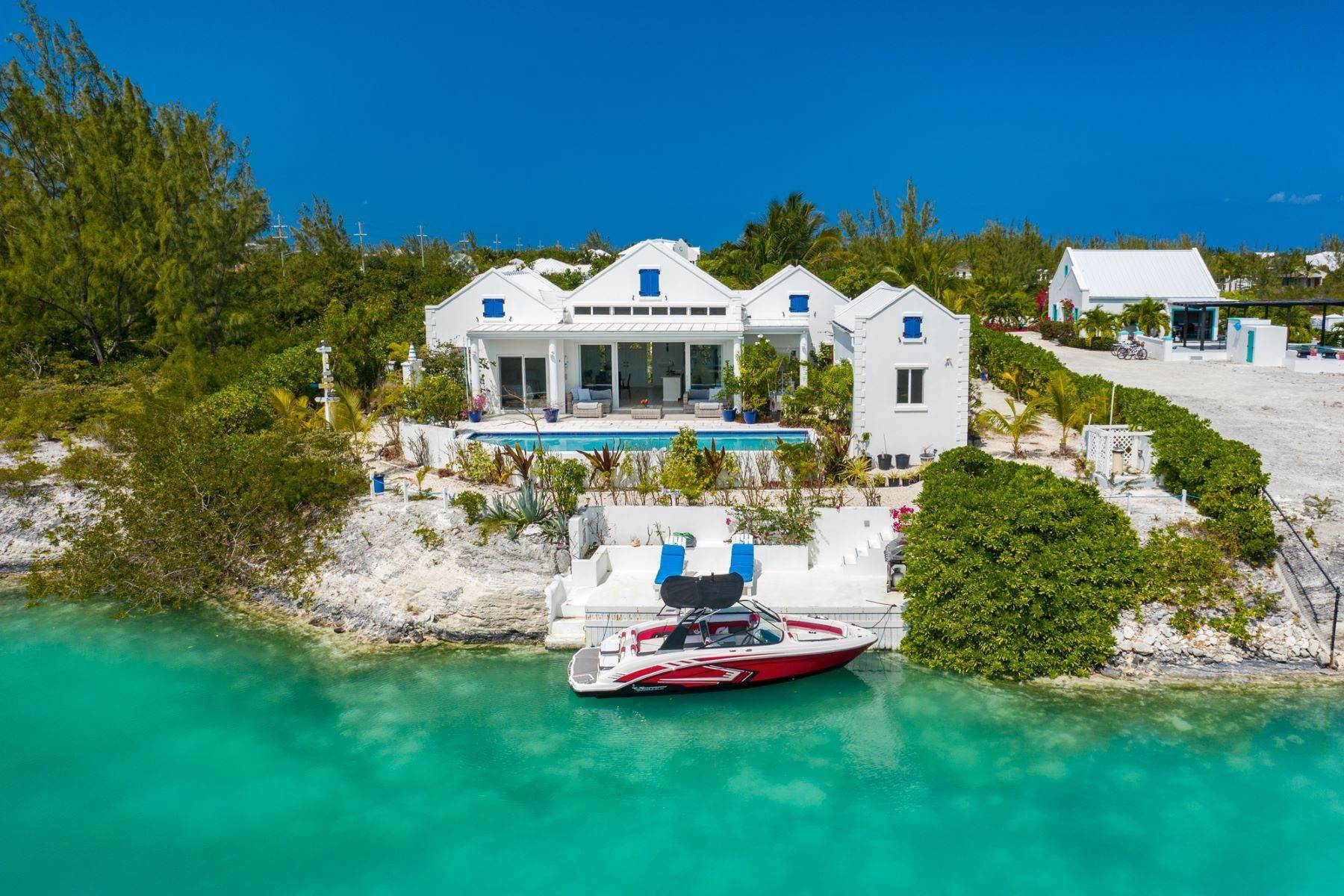 Single Family Homes pour l Vente à Leeward, Providenciales Îles Turques-et-Caïques