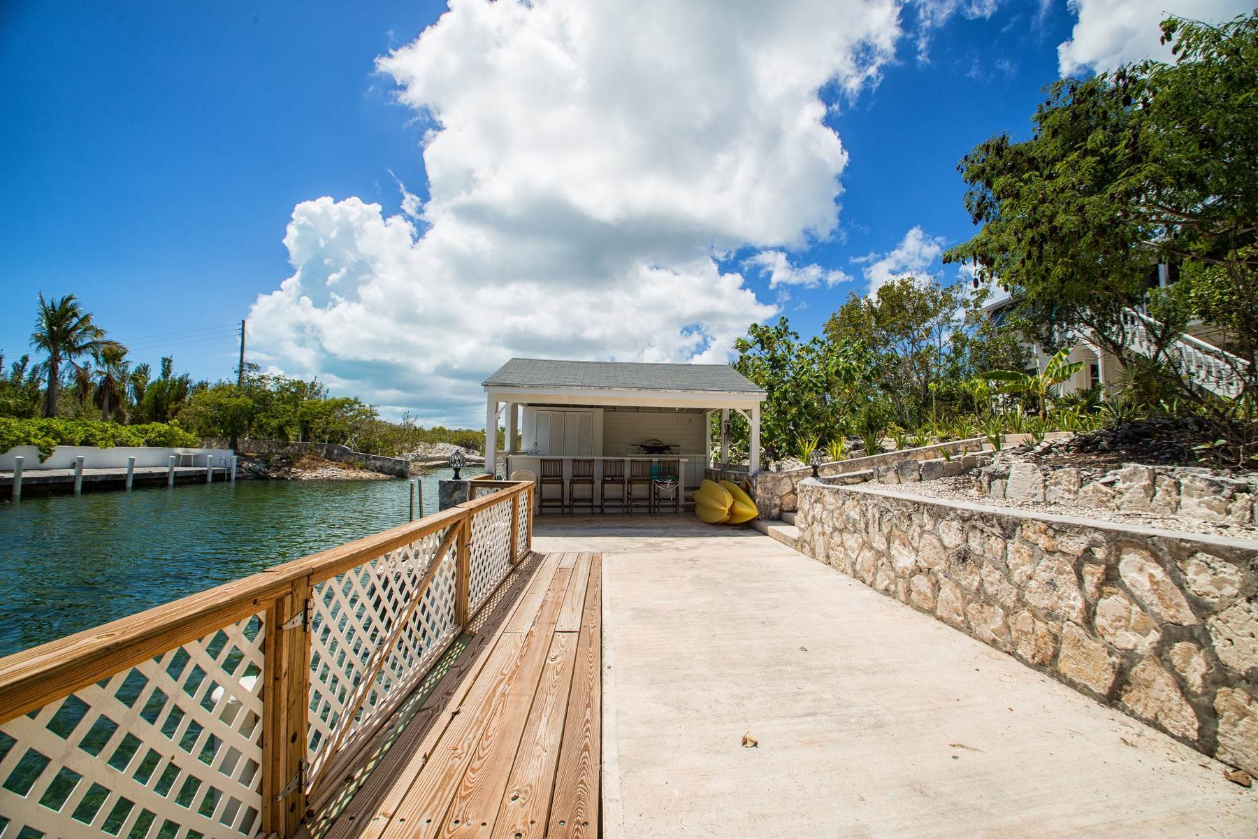 27. Single Family Homes for Sale at House on Crawfish Drive Discovery Bay, Providenciales Turks And Caicos Islands