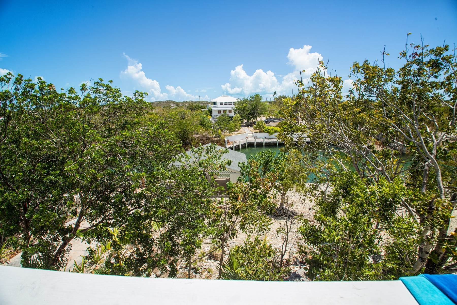 32. Single Family Homes for Sale at House on Crawfish Drive Discovery Bay, Providenciales Turks And Caicos Islands