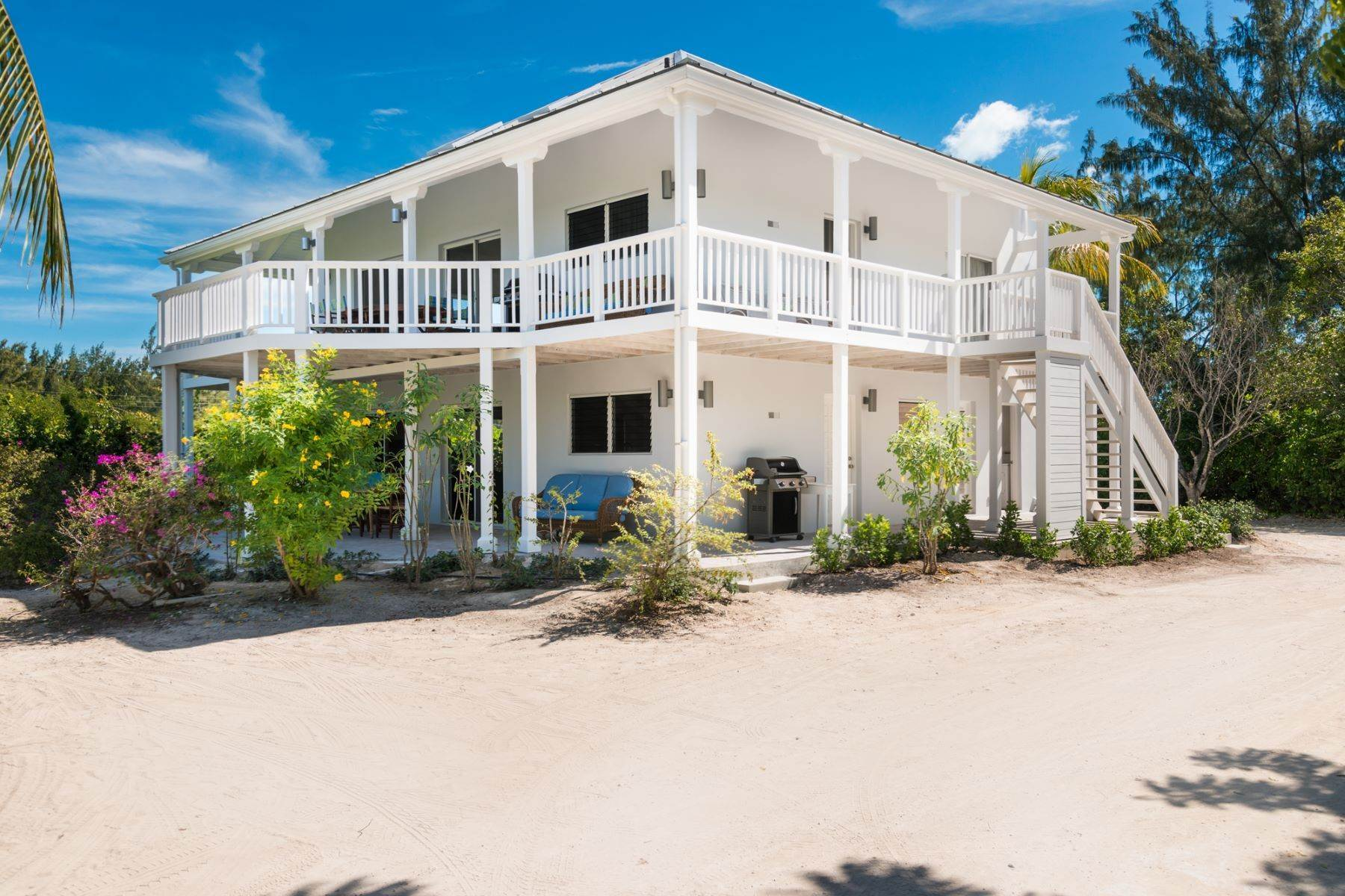 27. Single Family Homes for Sale at Grace Too Grace Bay, Providenciales Turks And Caicos Islands