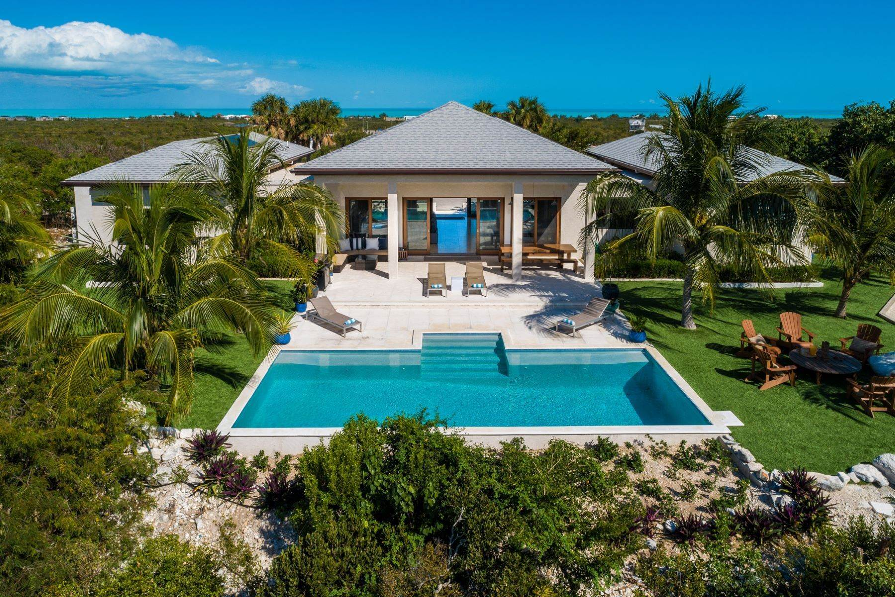 24. Single Family Homes for Sale at Long Bay, Providenciales Turks And Caicos Islands