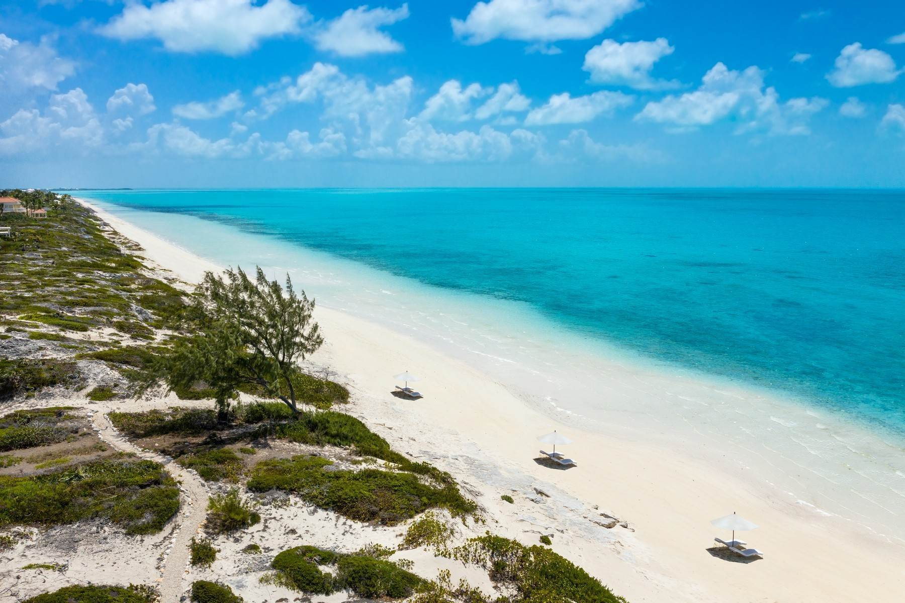 18. Single Family Homes for Sale at LONG BAY BEACH DUNE VILLA 1 AT SOUTH BANK - THE OCEAN ESTATE South Bank, Long Bay, Providenciales Turks And Caicos Islands