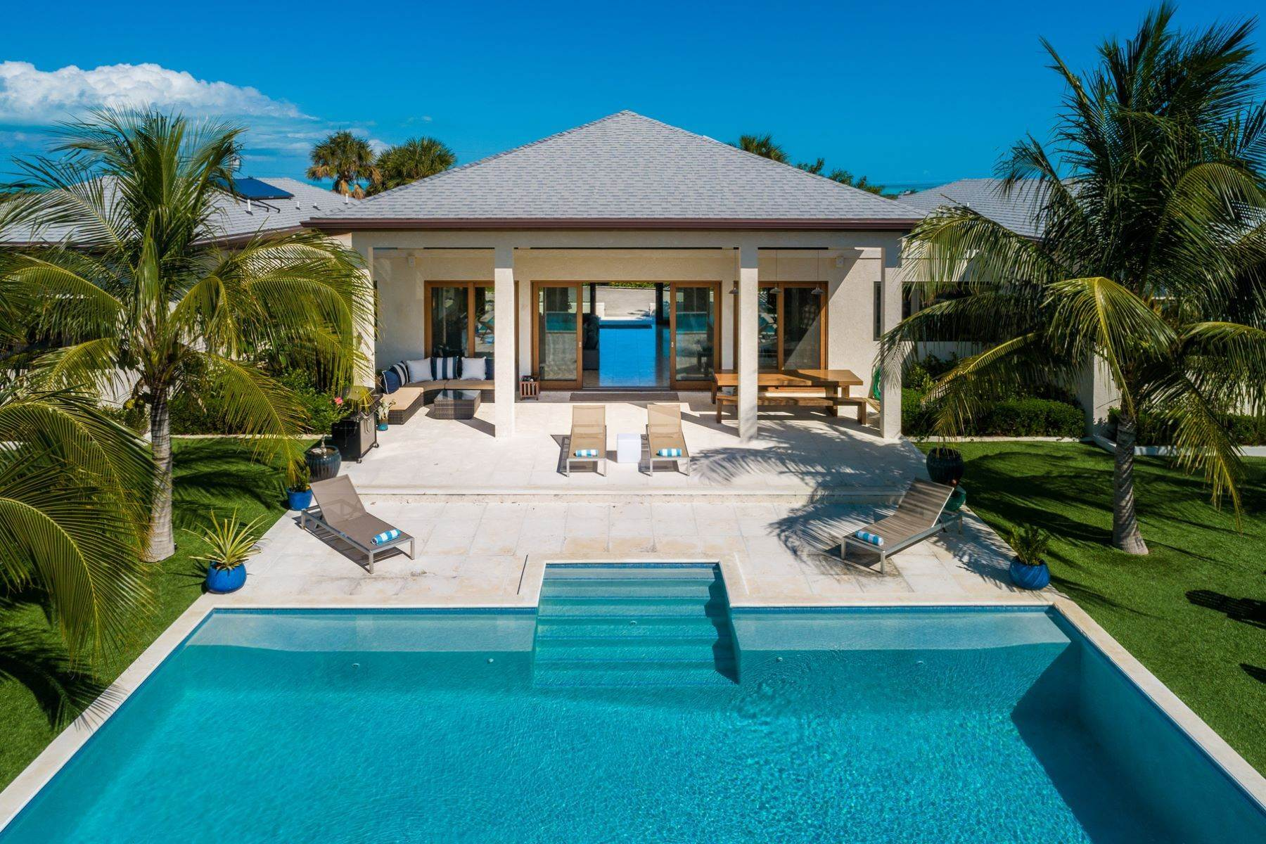 22. Single Family Homes for Sale at Long Bay, Providenciales Turks And Caicos Islands
