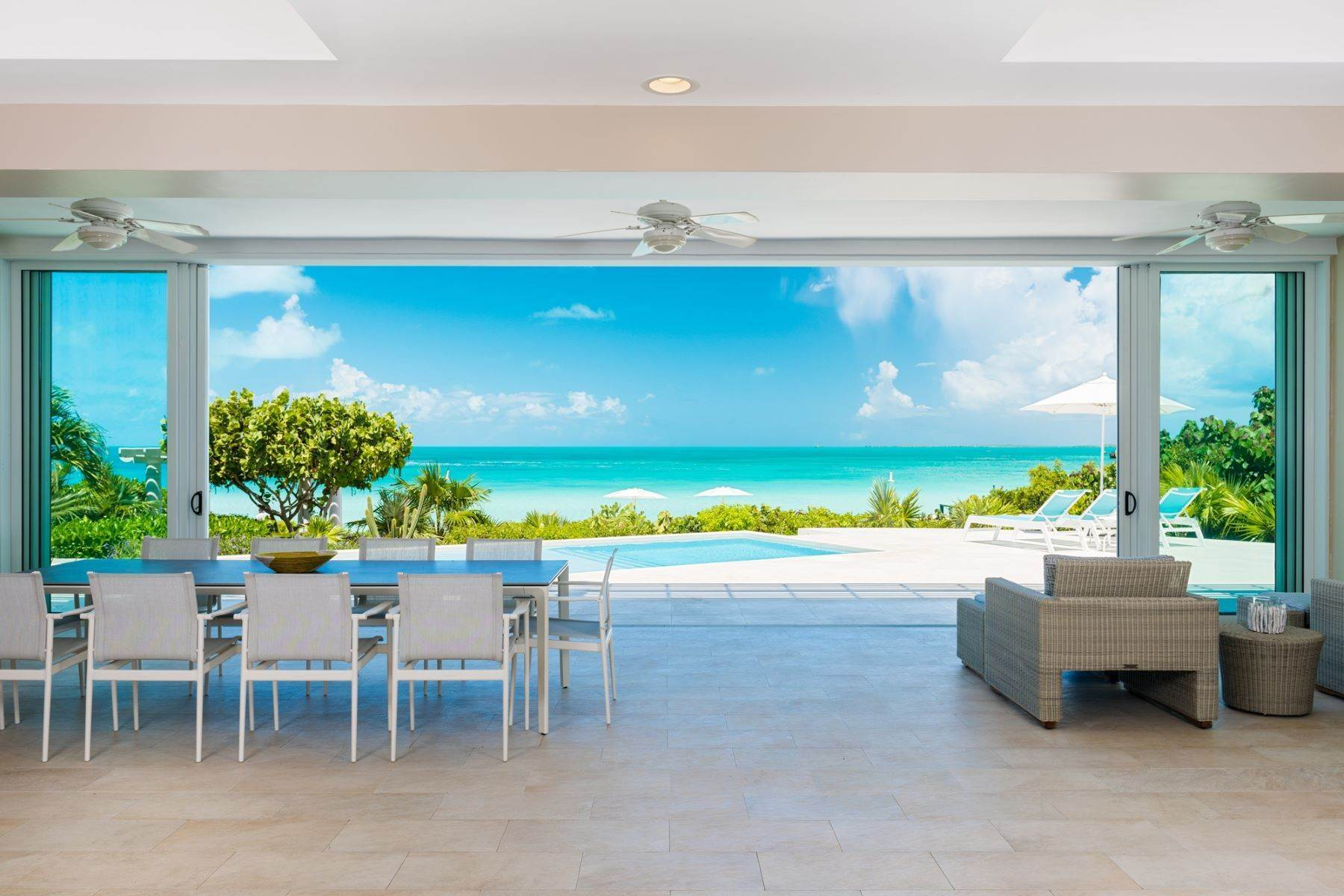7. Single Family Homes for Sale at Sapodilla Bay, Providenciales Turks And Caicos Islands