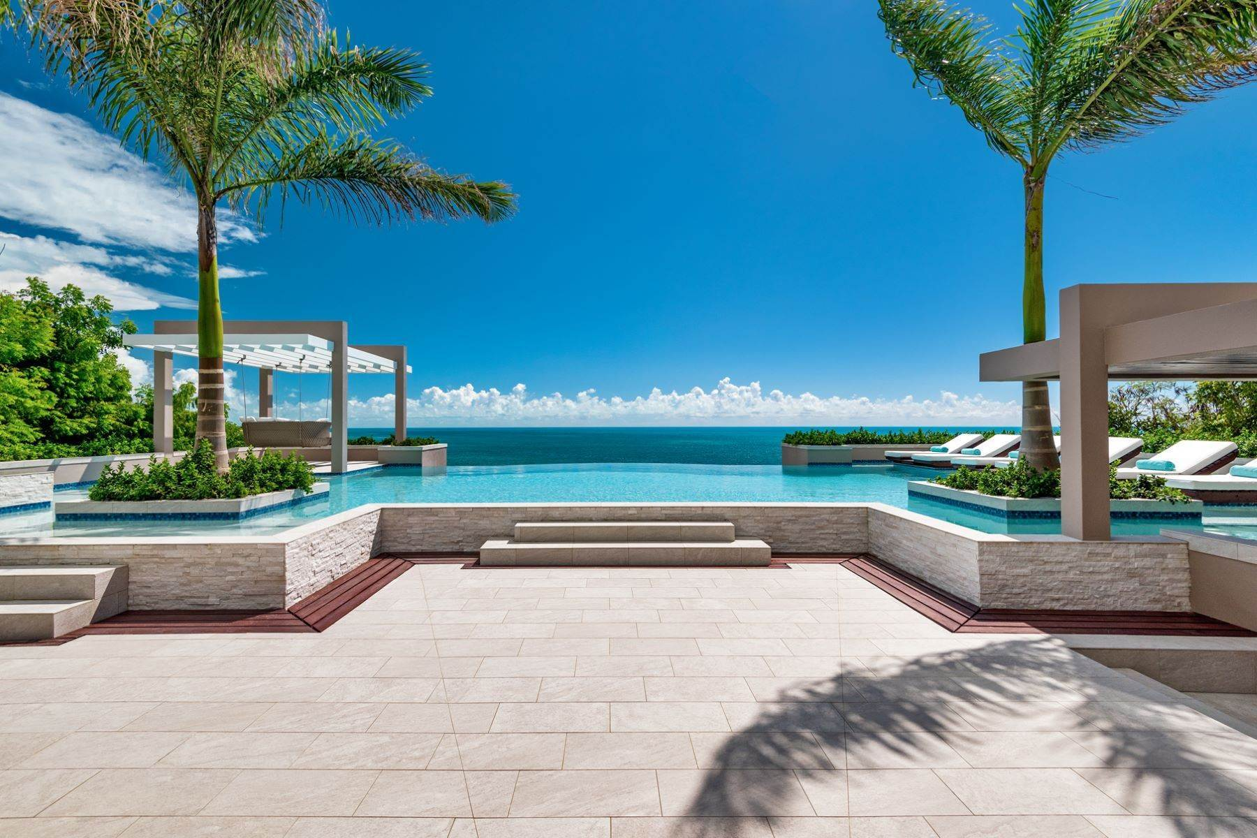 6. Single Family Homes for Sale at Villa Lucas Sapodilla Bay, Providenciales Turks And Caicos Islands
