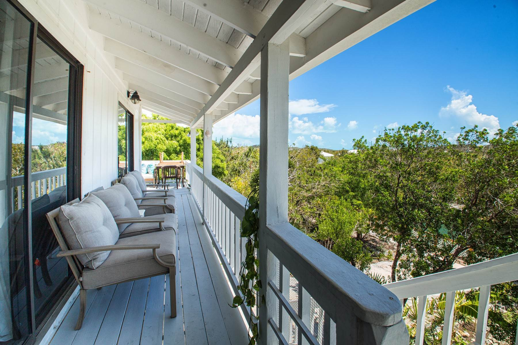 31. Single Family Homes for Sale at House on Crawfish Drive Discovery Bay, Providenciales Turks And Caicos Islands
