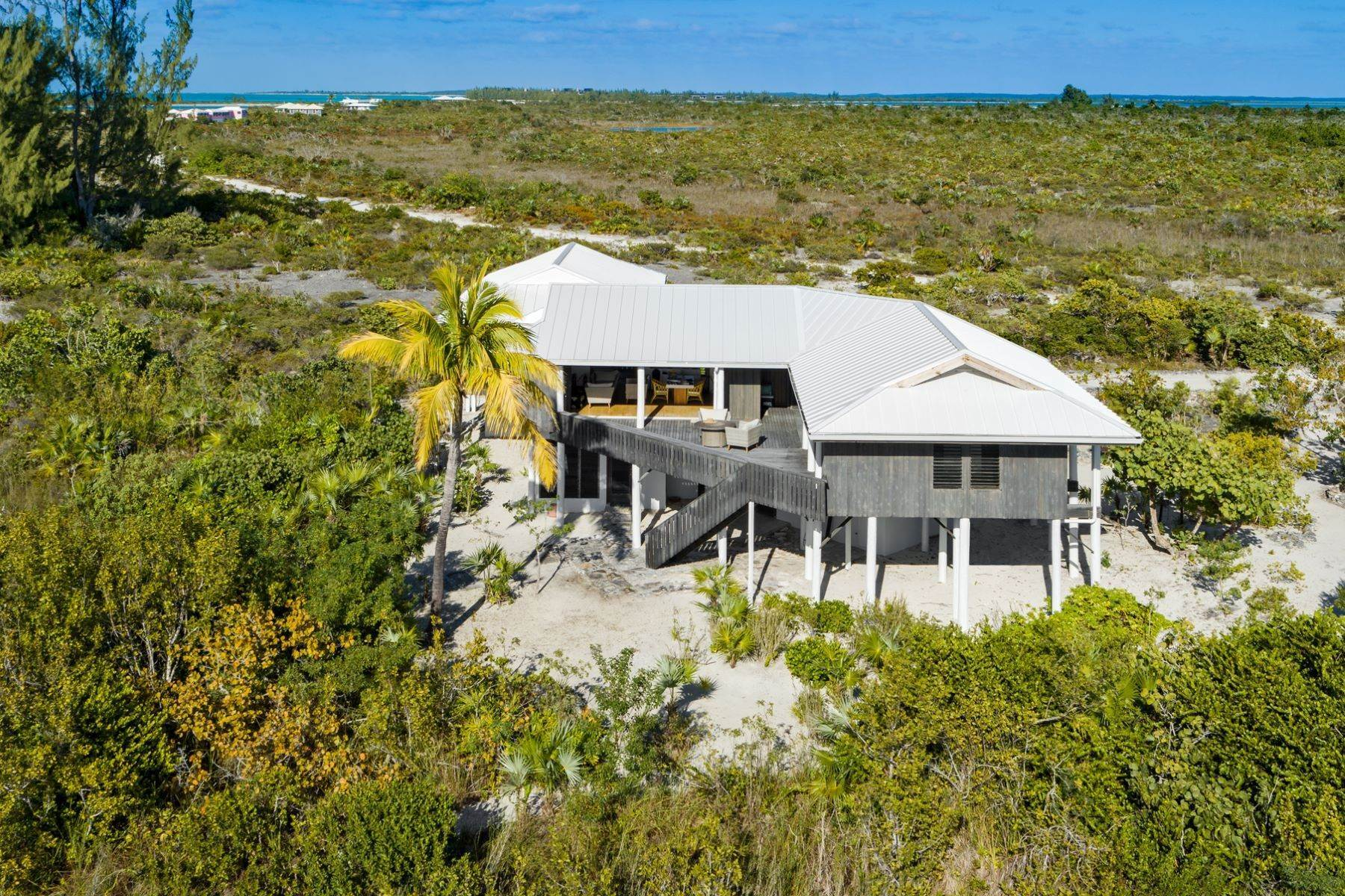21. Single Family Homes for Sale at LEMONGRASS Pine Cay, Pine Cay Turks And Caicos Islands