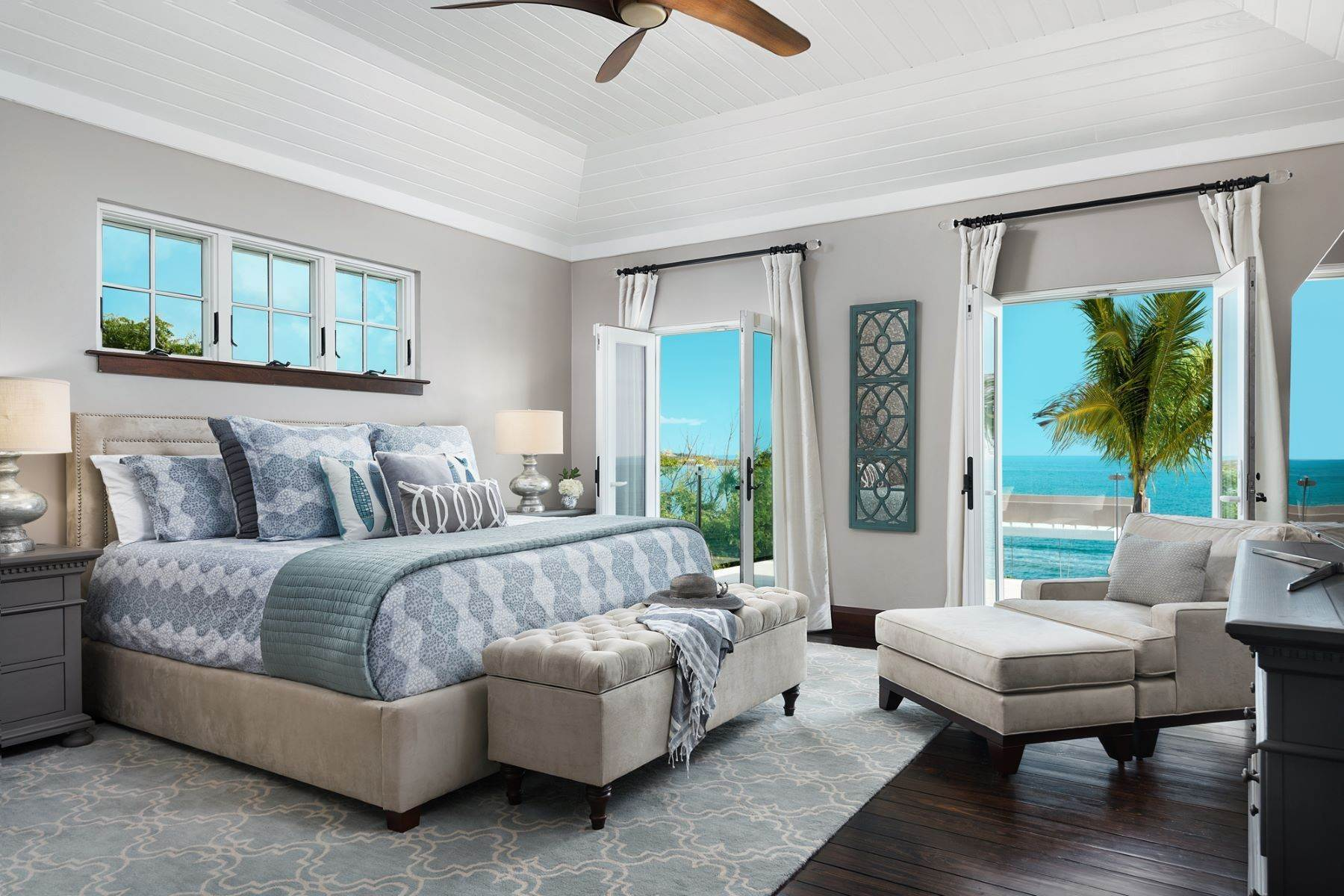 16. Single Family Homes for Sale at Villa Lucas Sapodilla Bay, Providenciales Turks And Caicos Islands