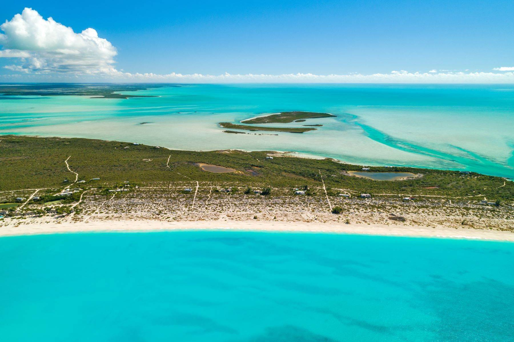 30. Single Family Homes for Sale at Casuarinas Cottage Pine Cay Pine Cay, Pine Cay TCI BWI Turks And Caicos Islands