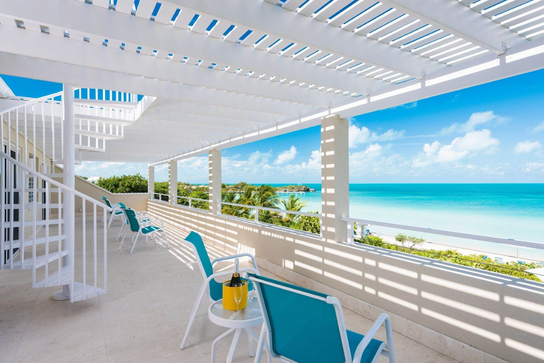 13. Single Family Homes for Sale at Sapodilla Bay, Providenciales Turks And Caicos Islands