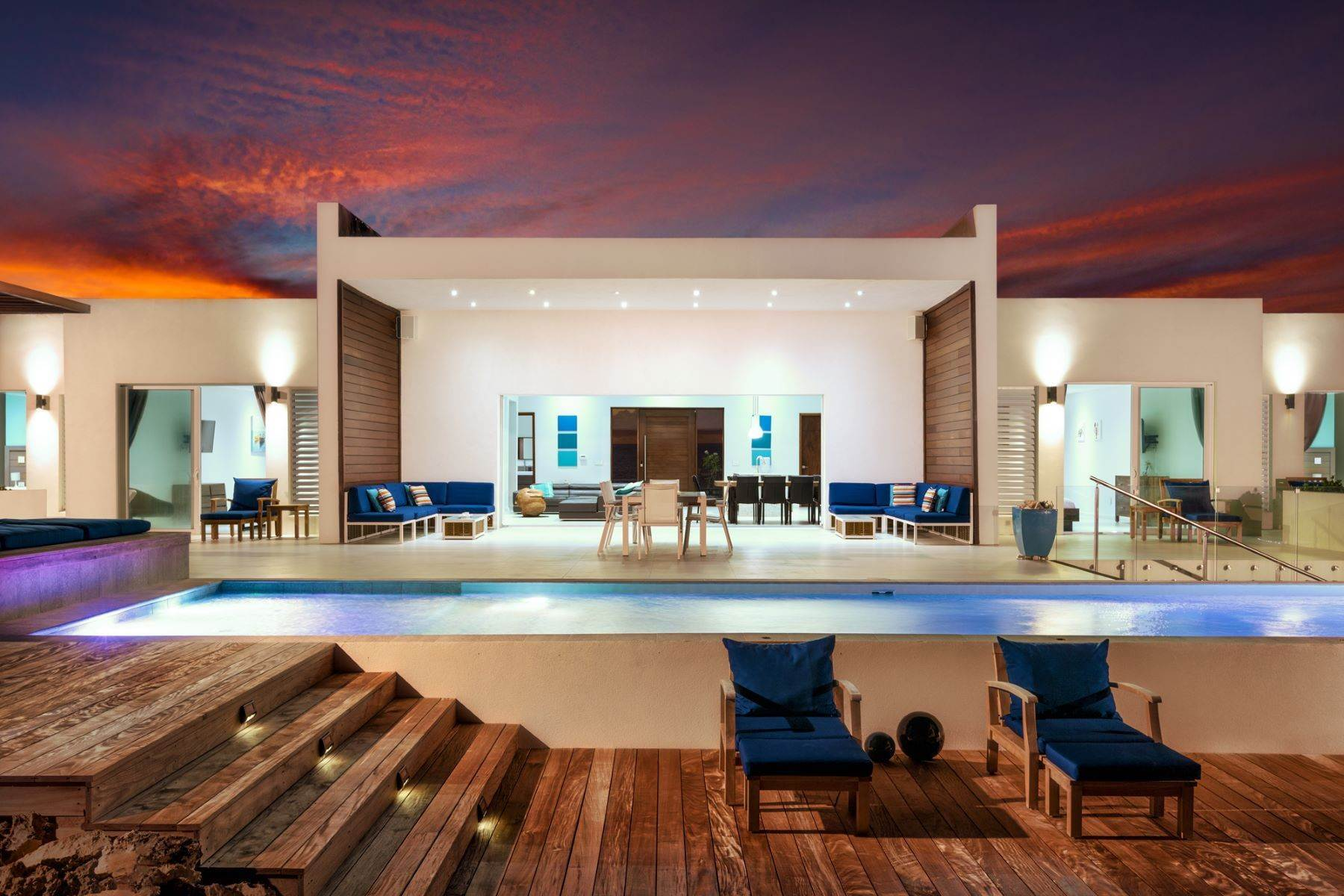 36. Single Family Homes for Sale at Tip Of The Tail Villa Turtle Tail, Providenciales Turks And Caicos Islands