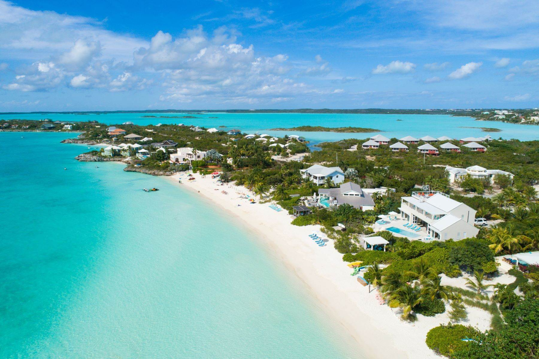 21. Single Family Homes for Sale at Sapodilla Bay, Providenciales Turks And Caicos Islands