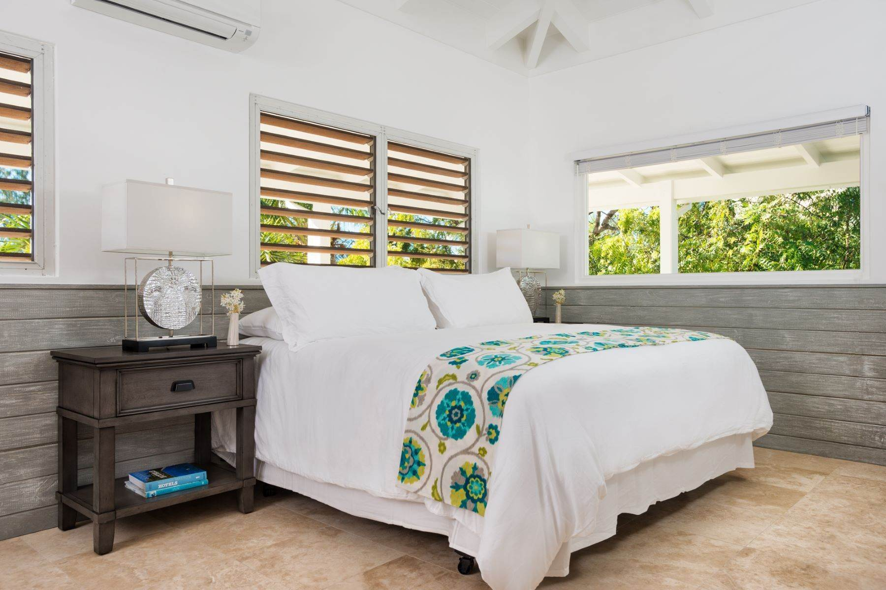 16. Single Family Homes for Sale at Grace Too Grace Bay, Providenciales Turks And Caicos Islands