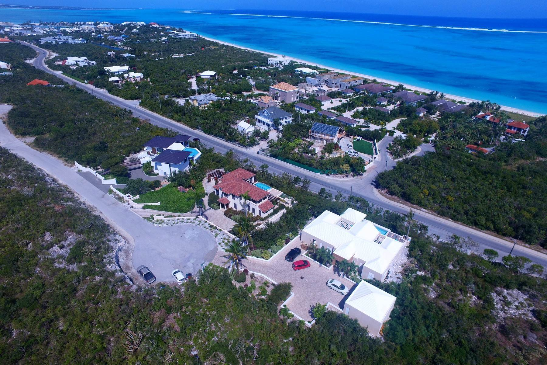 30. Single Family Homes for Sale at Coral View Villa Richmond Hill, Providenciales Turks And Caicos Islands