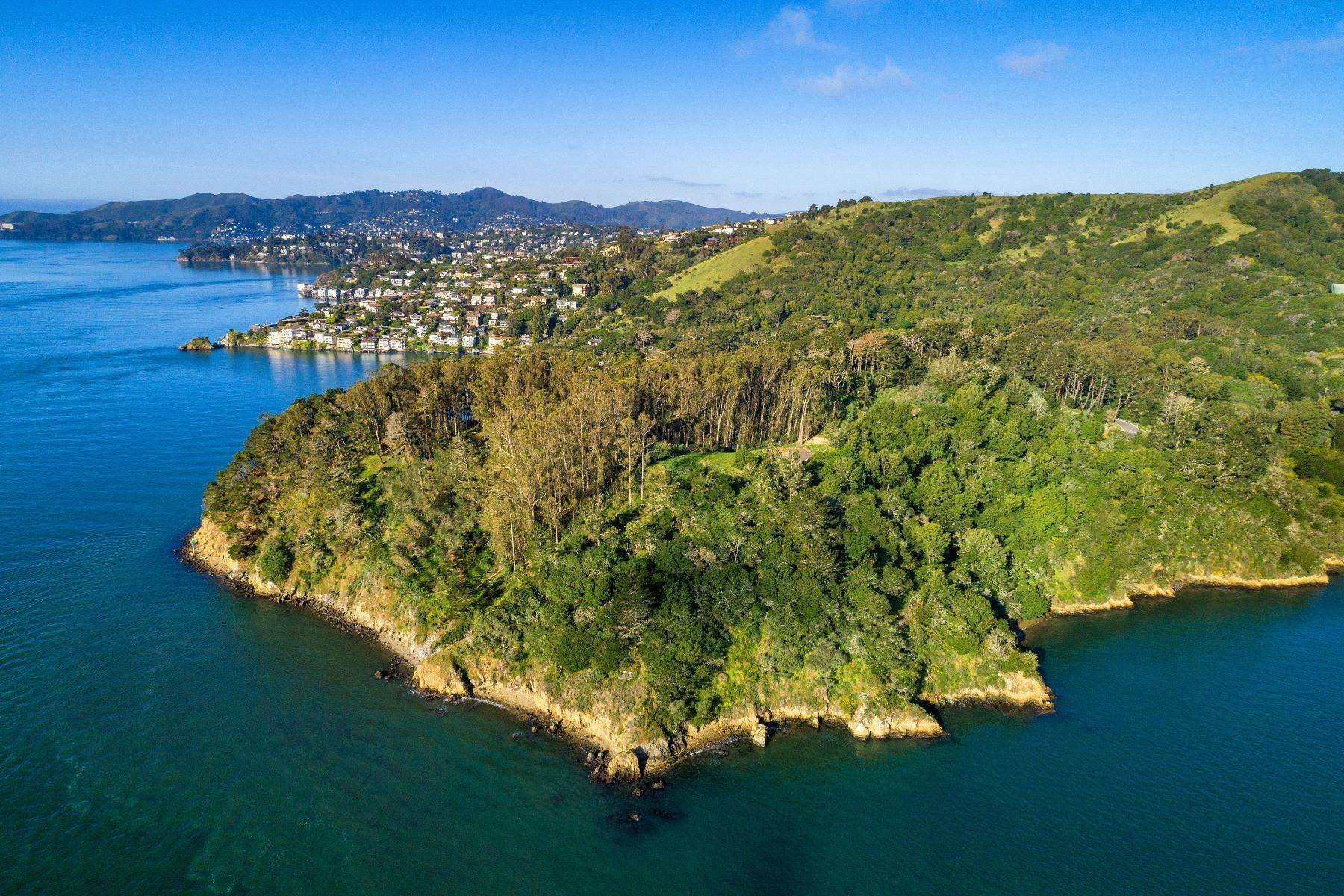 Land for Sale at The Bluff Point Estate Site 2800 Paradise Drive Tiburon, California 94920 United States