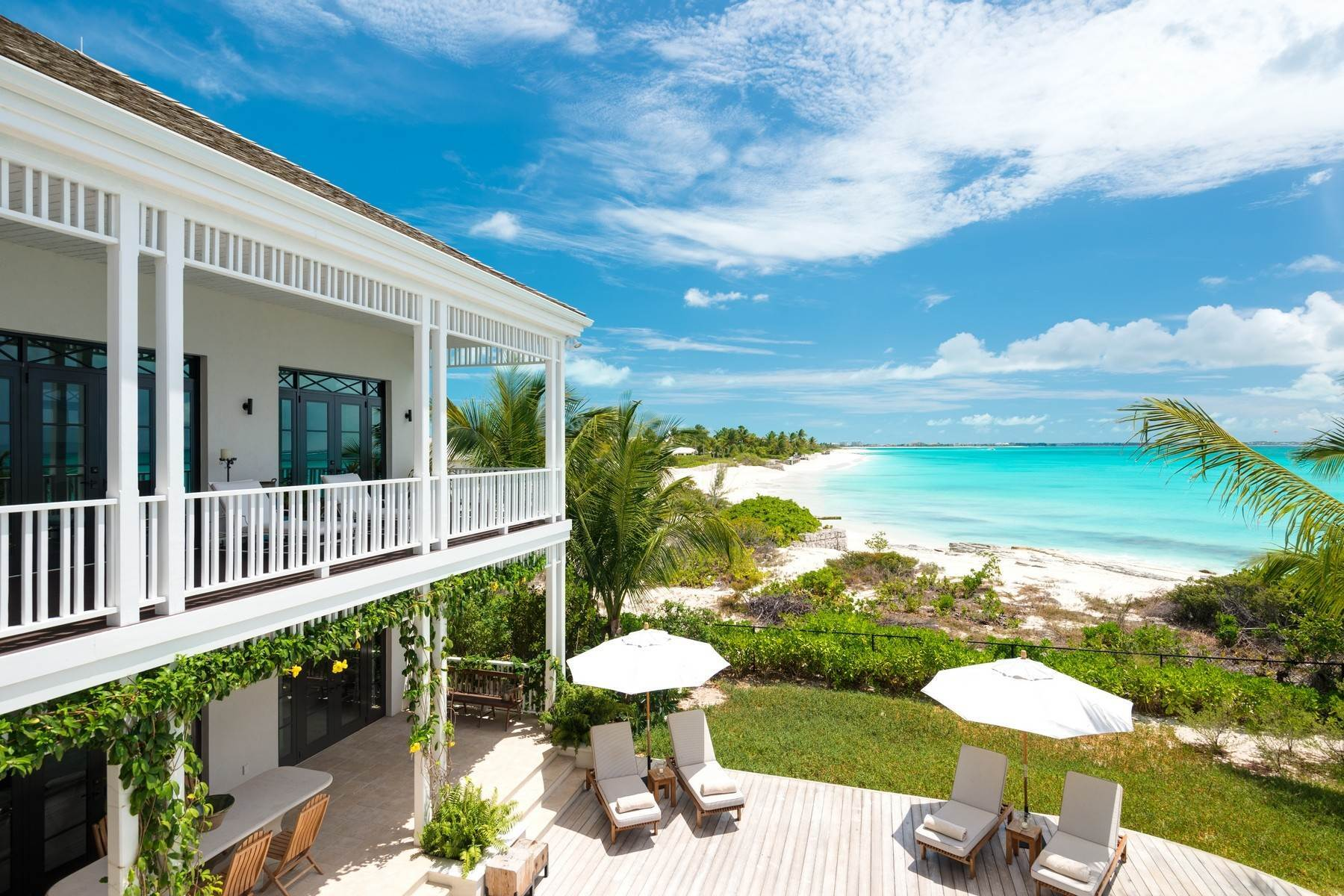 18. Single Family Homes at Saving Grace Vacation Rental 4 Tranquility Lane Grace Bay, Providenciales TC Turks And Caicos Islands