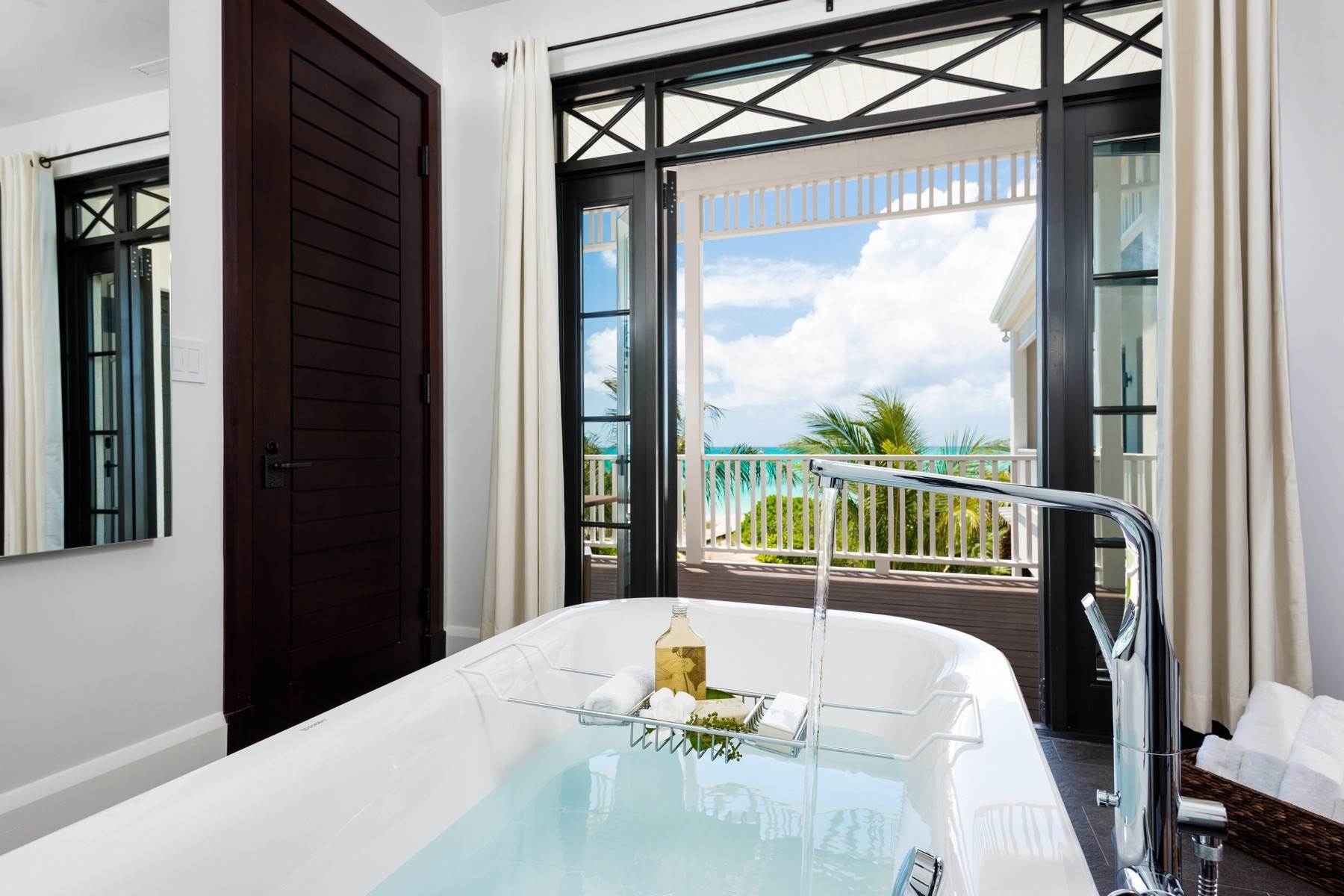 11. Single Family Homes at Saving Grace Vacation Rental 4 Tranquility Lane Grace Bay, Providenciales TC Turks And Caicos Islands