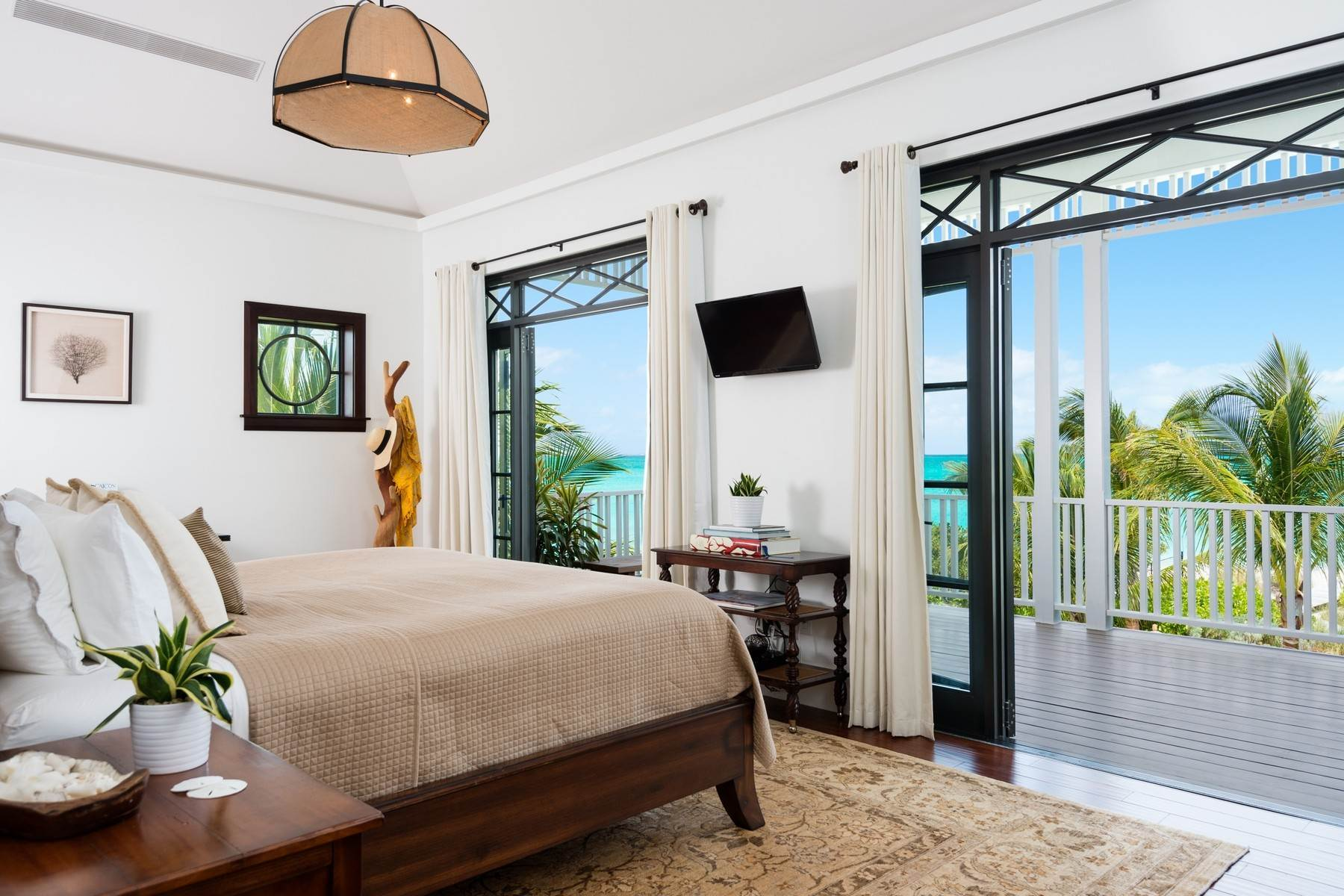 9. Single Family Homes at Saving Grace Vacation Rental 4 Tranquility Lane Grace Bay, Providenciales TC Turks And Caicos Islands
