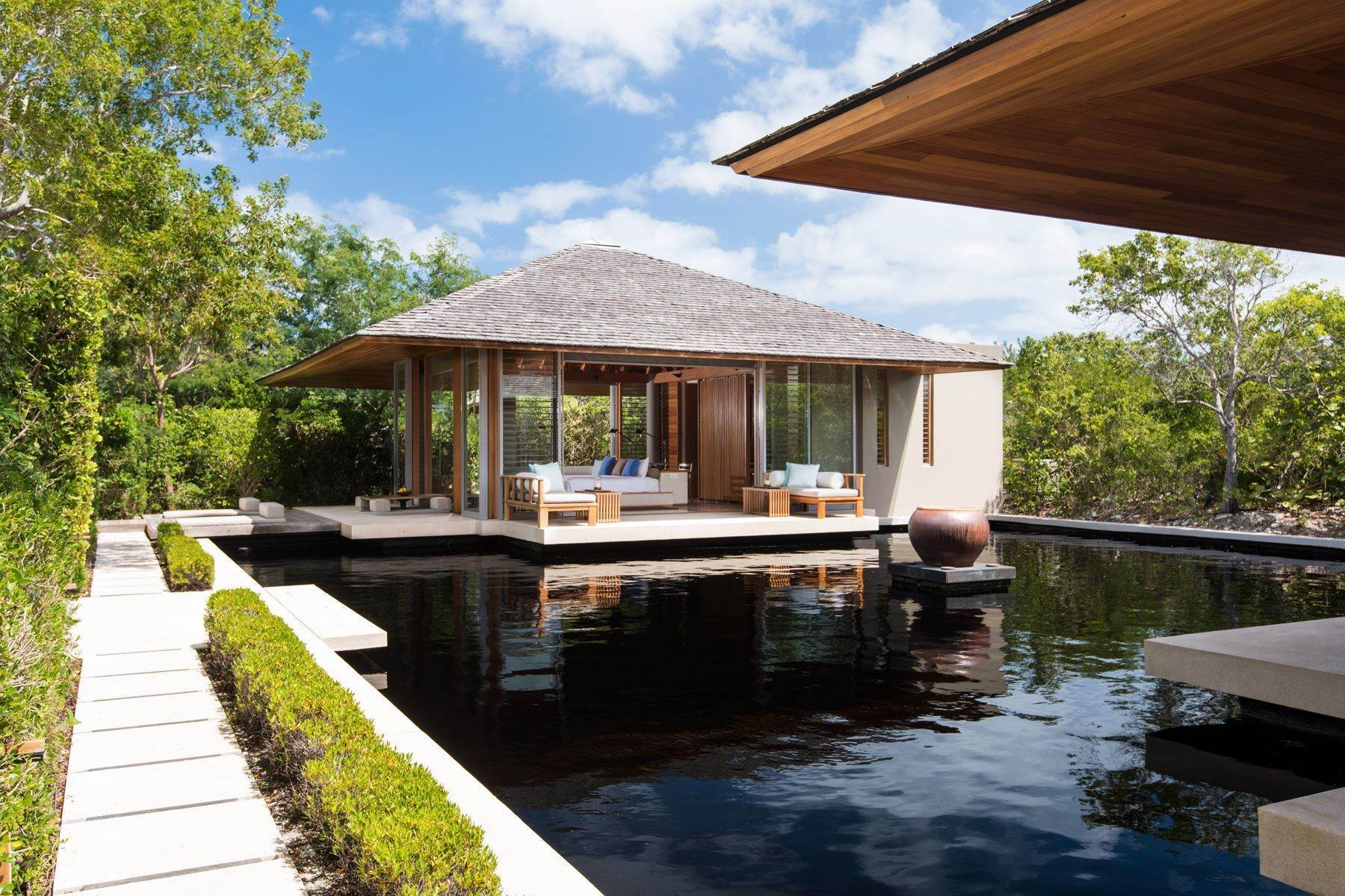 14. Single Family Homes for Sale at Amanyara Villa 15 North West Point, Providenciales TCI Turks And Caicos Islands